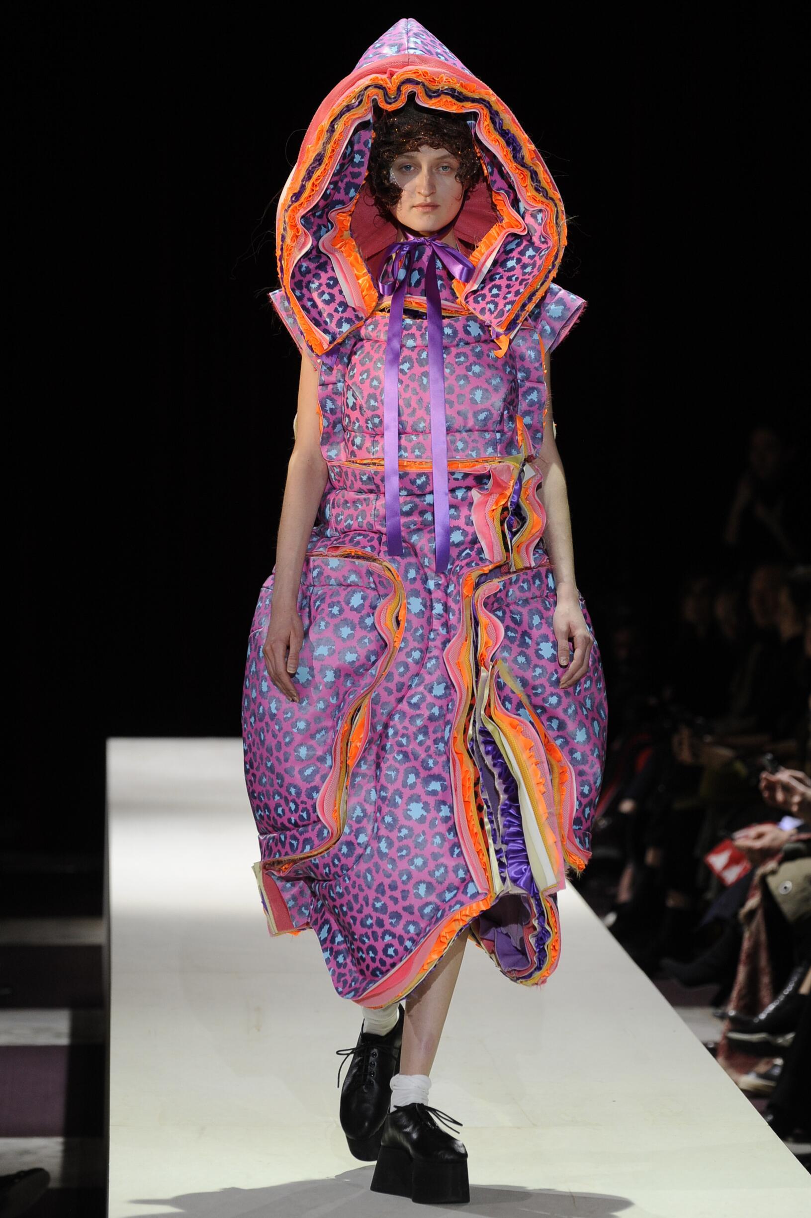 Woman Fall 2018 Fashion Trends Comme des Garçons