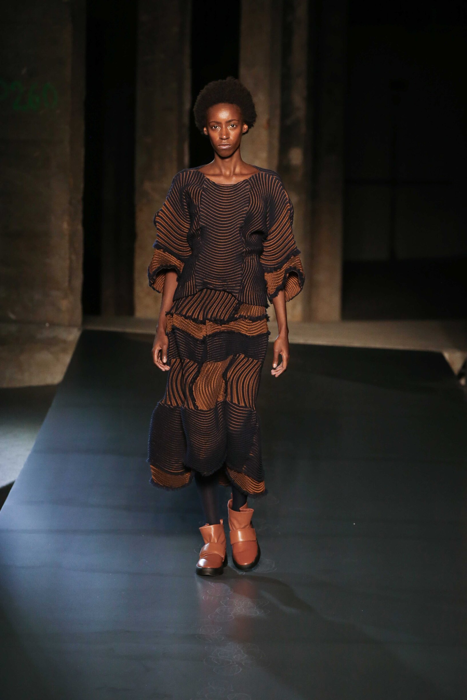Woman Fall 2018 Fashion Trends Issey Miyake