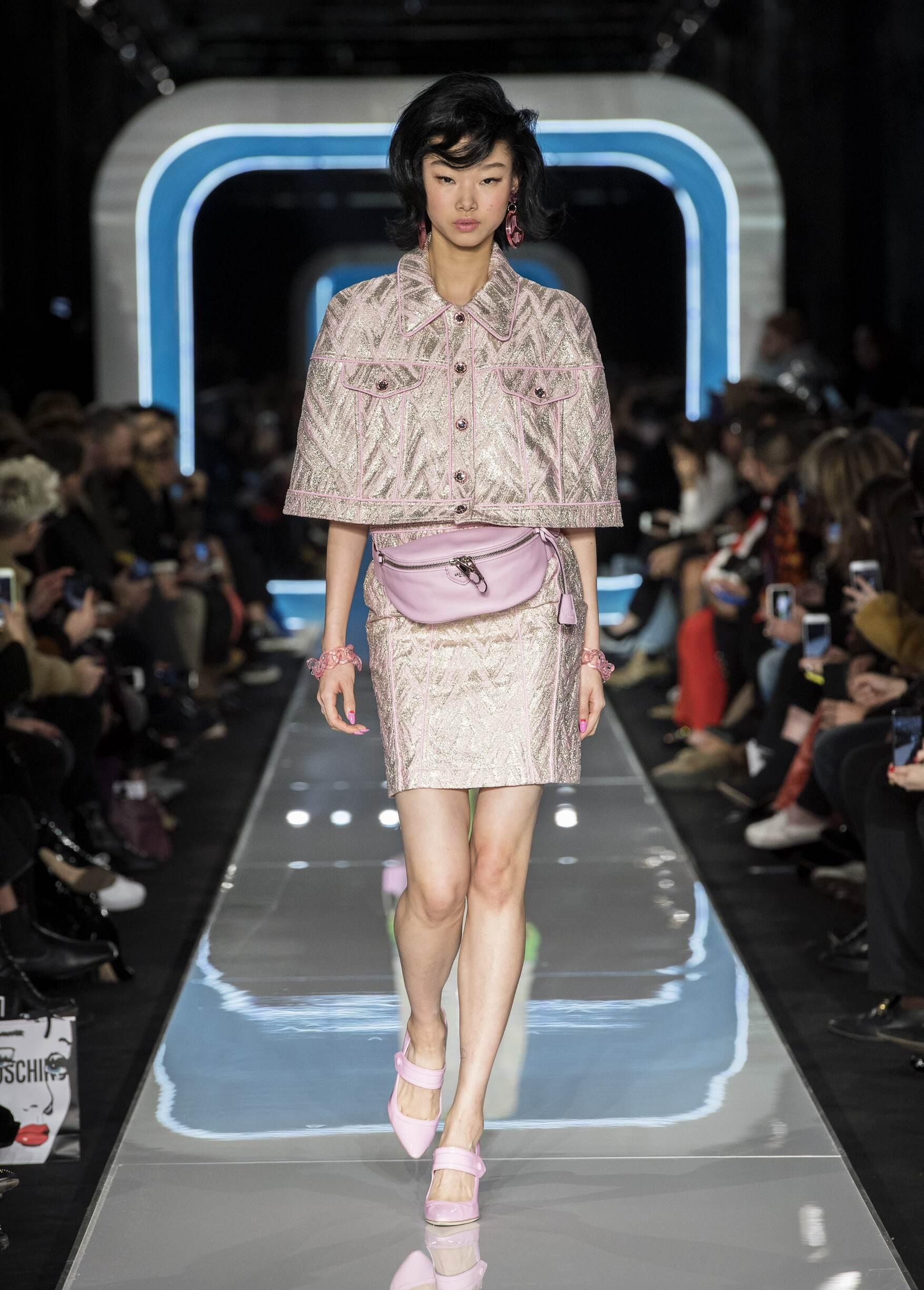 Womenswear FW Moschino 2018