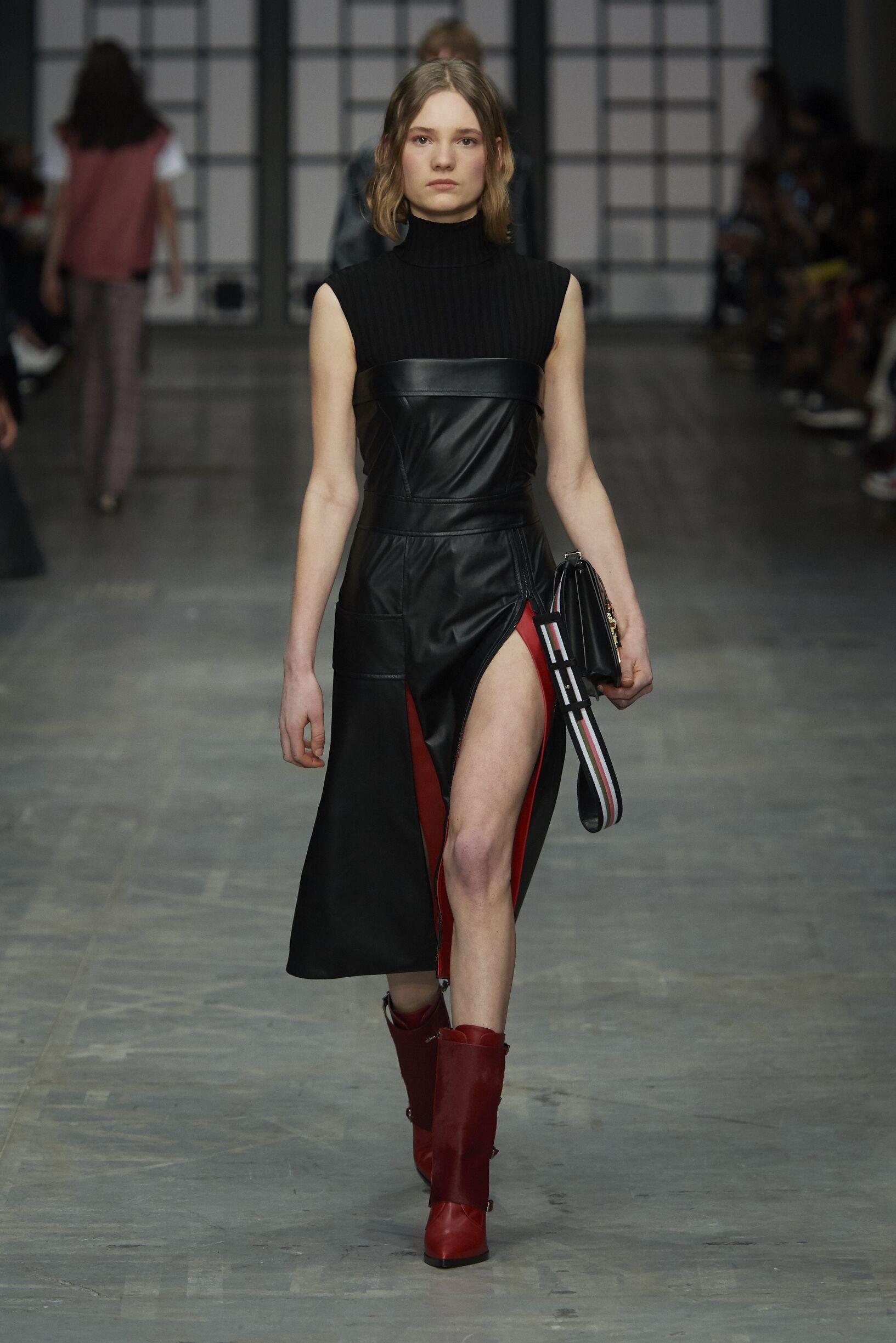 Womenswear FW Trussardi 2018