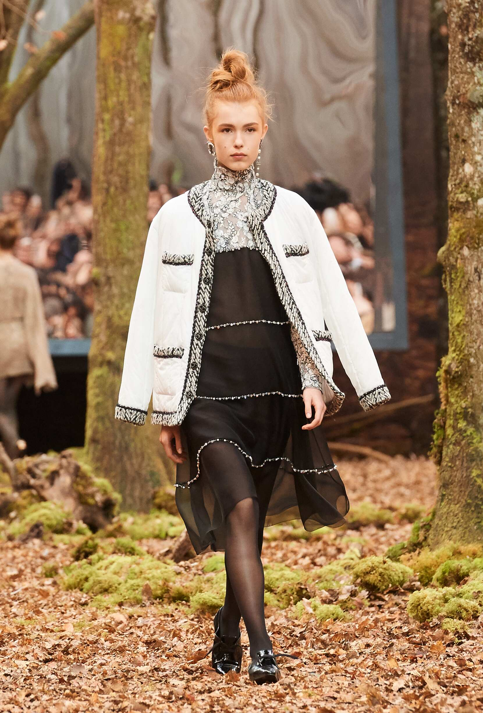 Womenswear Fashion 2018-19 Catwalk Chanel