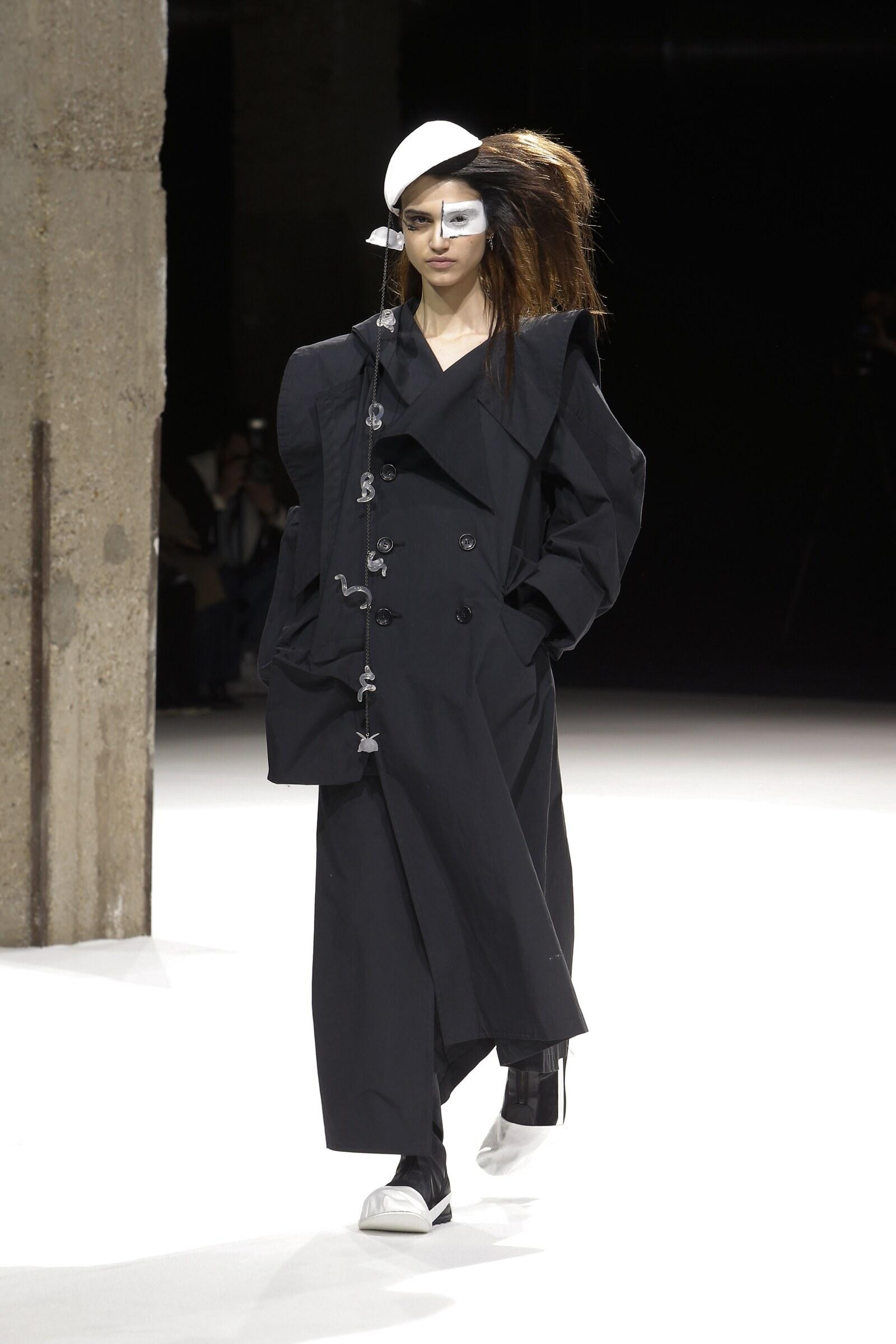 Yohji Yamamoto Woman Style 2018