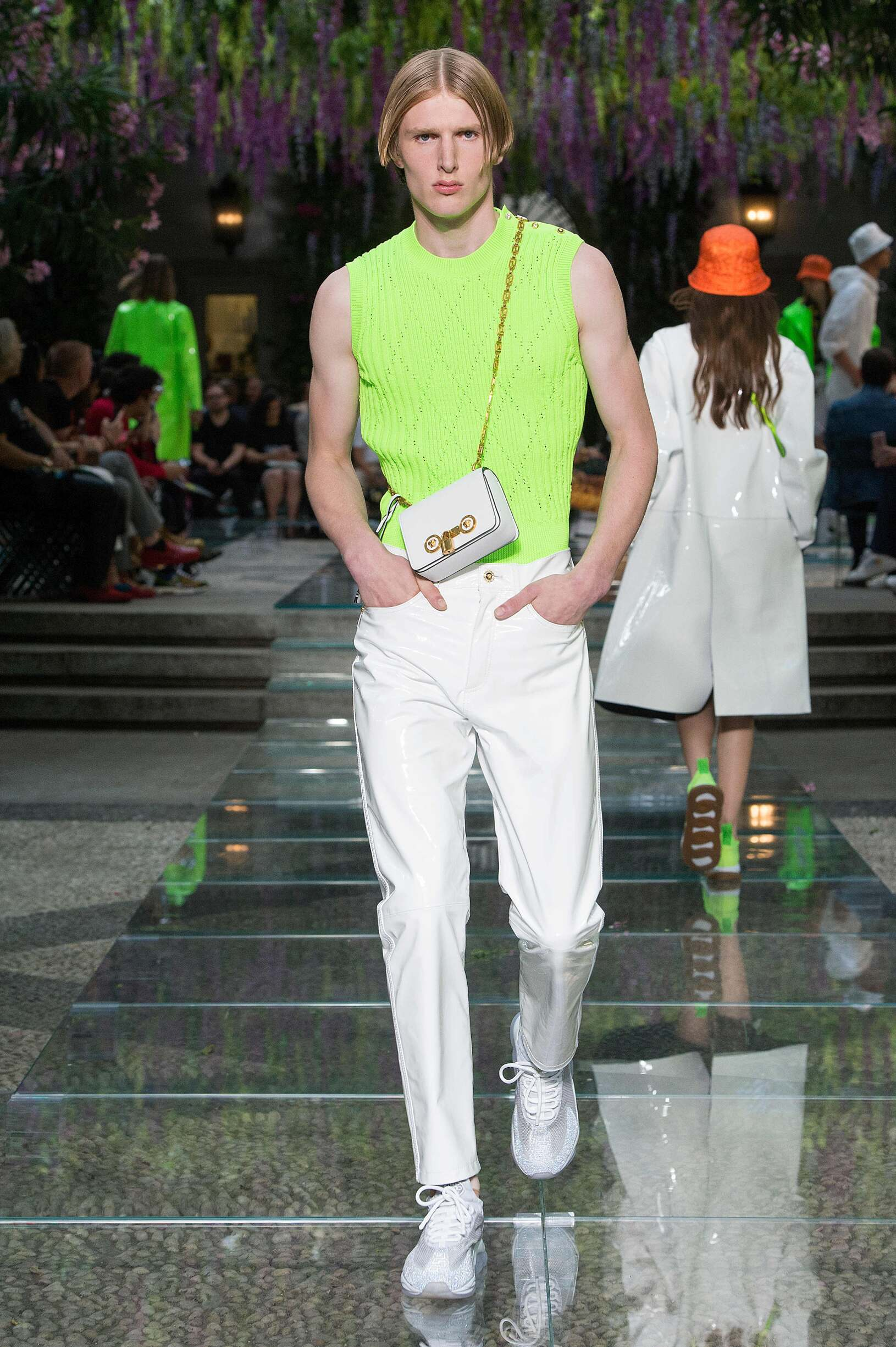 Versace Spring Summer 2019 Men S Collection The Skinny Beep