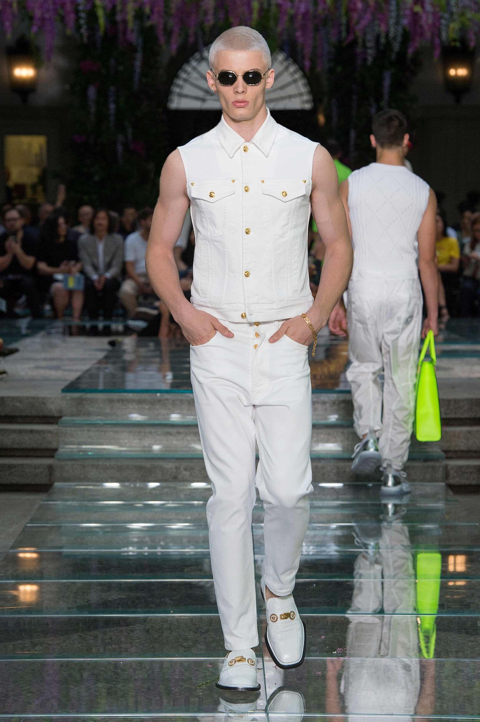 2019 Versace Spring Catwalk
