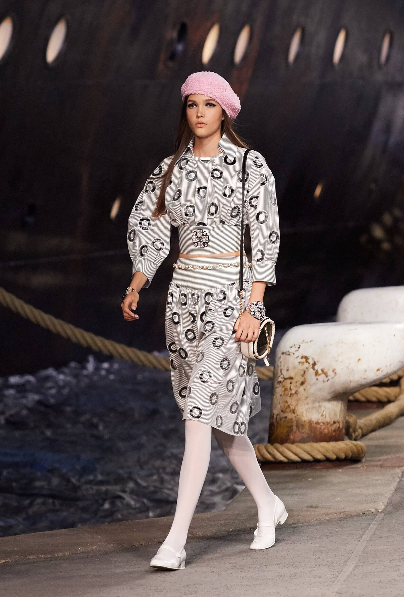 Chanel Cruise Collection 2018-19 Look 17 Paris