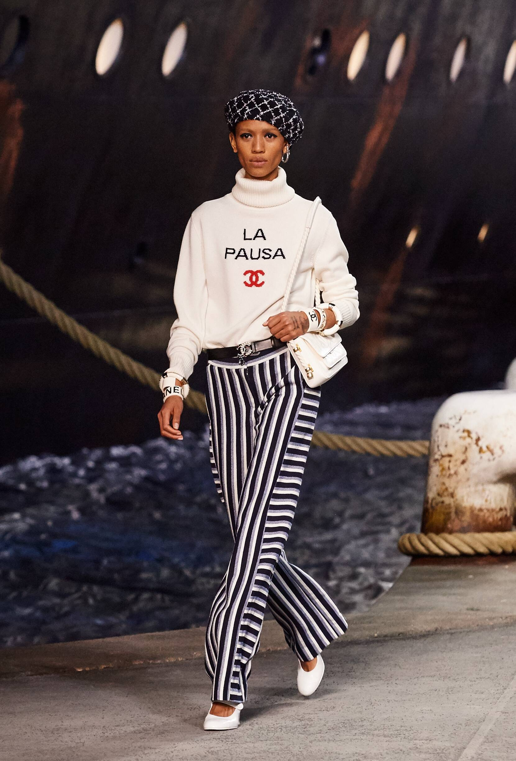 Chanel Cruise Collection 2018-19 Look 3 Paris