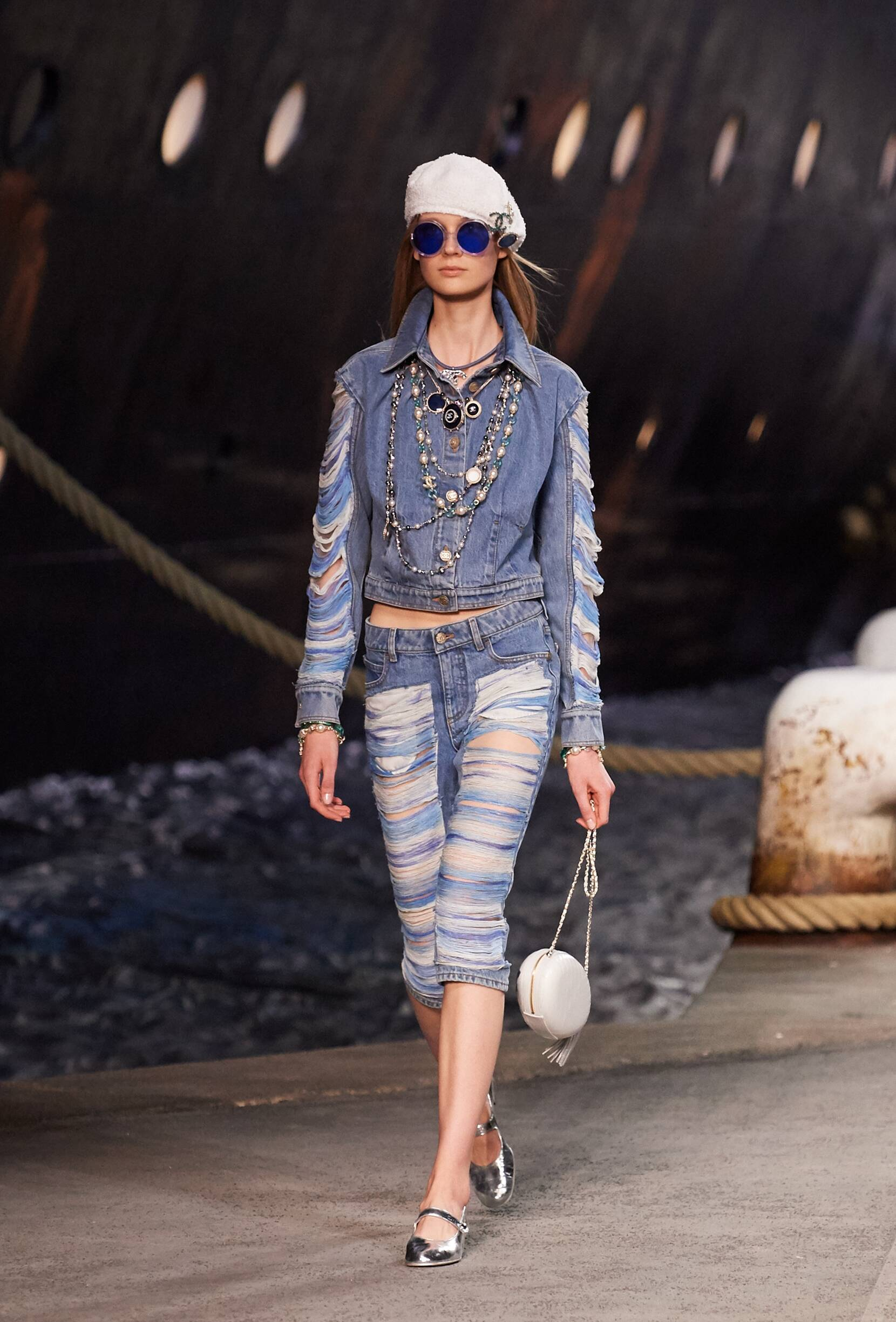 Chanel Cruise Collection 2018-19 Look 55 Paris