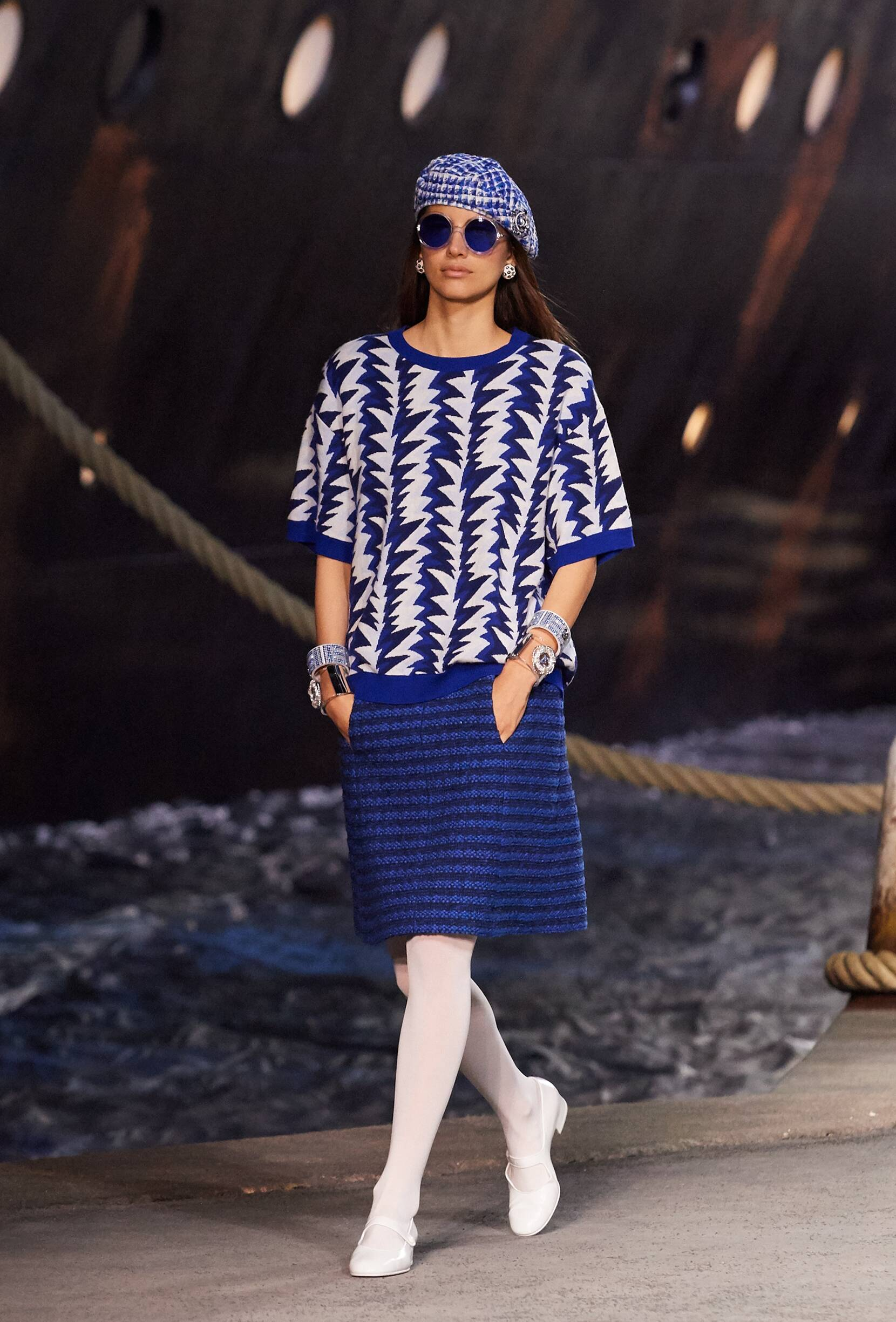 Chanel Cruise Collection 2018-19 Look 60 Paris