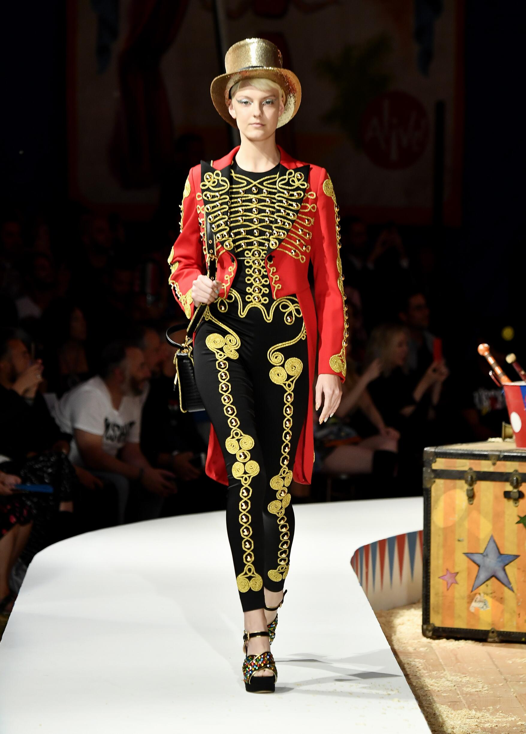 Moschino Spring Summer 2019 Menswear and Women's Resort Collection Look 1 Los Angeles