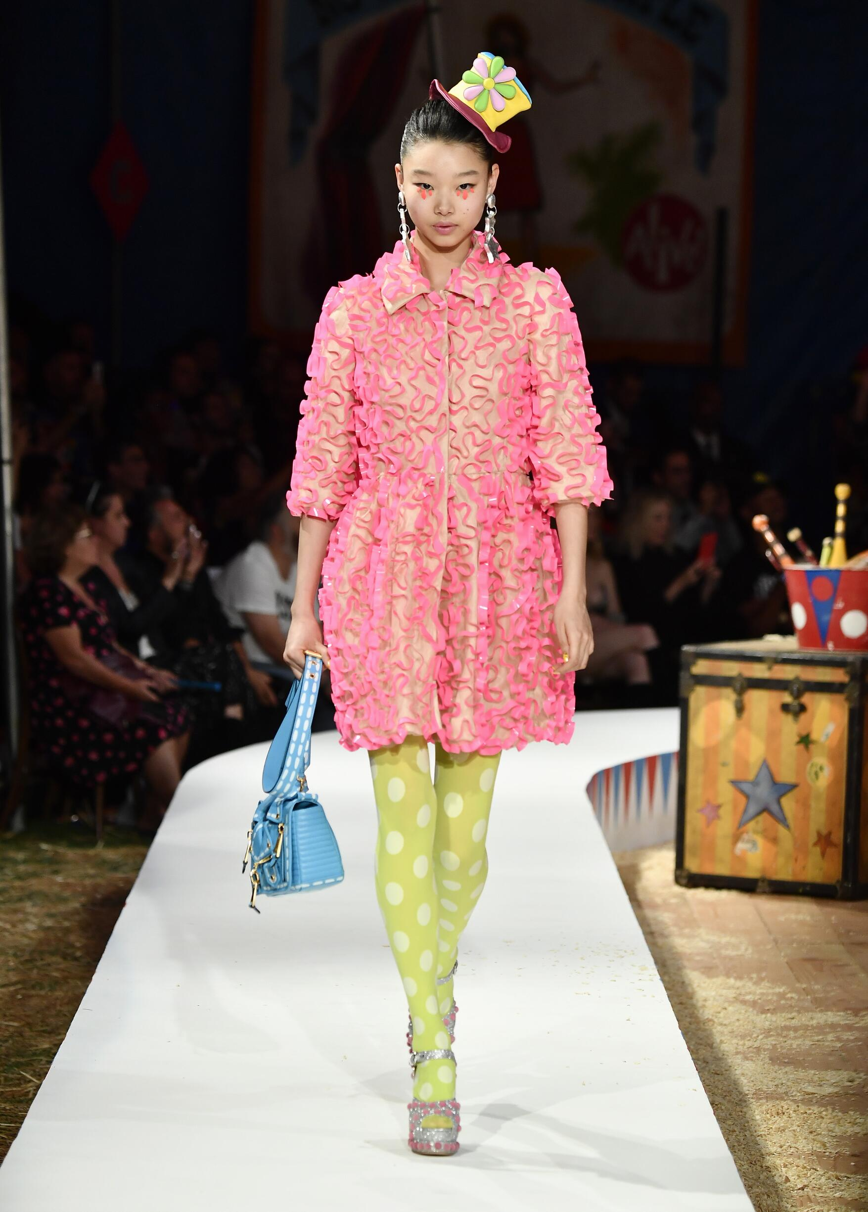 Moschino Spring Summer 2019 Menswear and Women's Resort Collection Look 11 Los Angeles