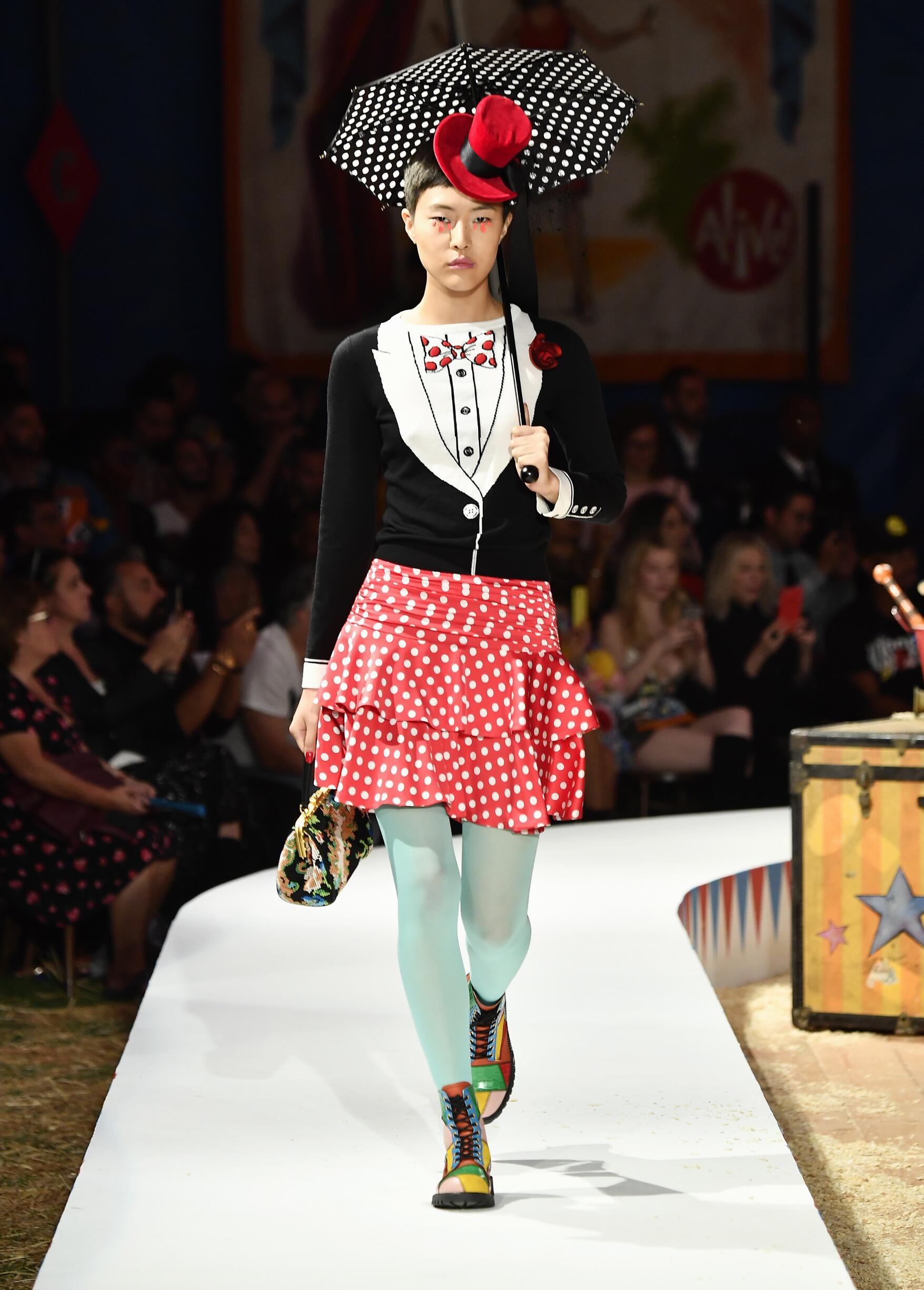 Moschino Spring Summer 2019 Menswear and Women's Resort Collection Look 12 Los Angeles