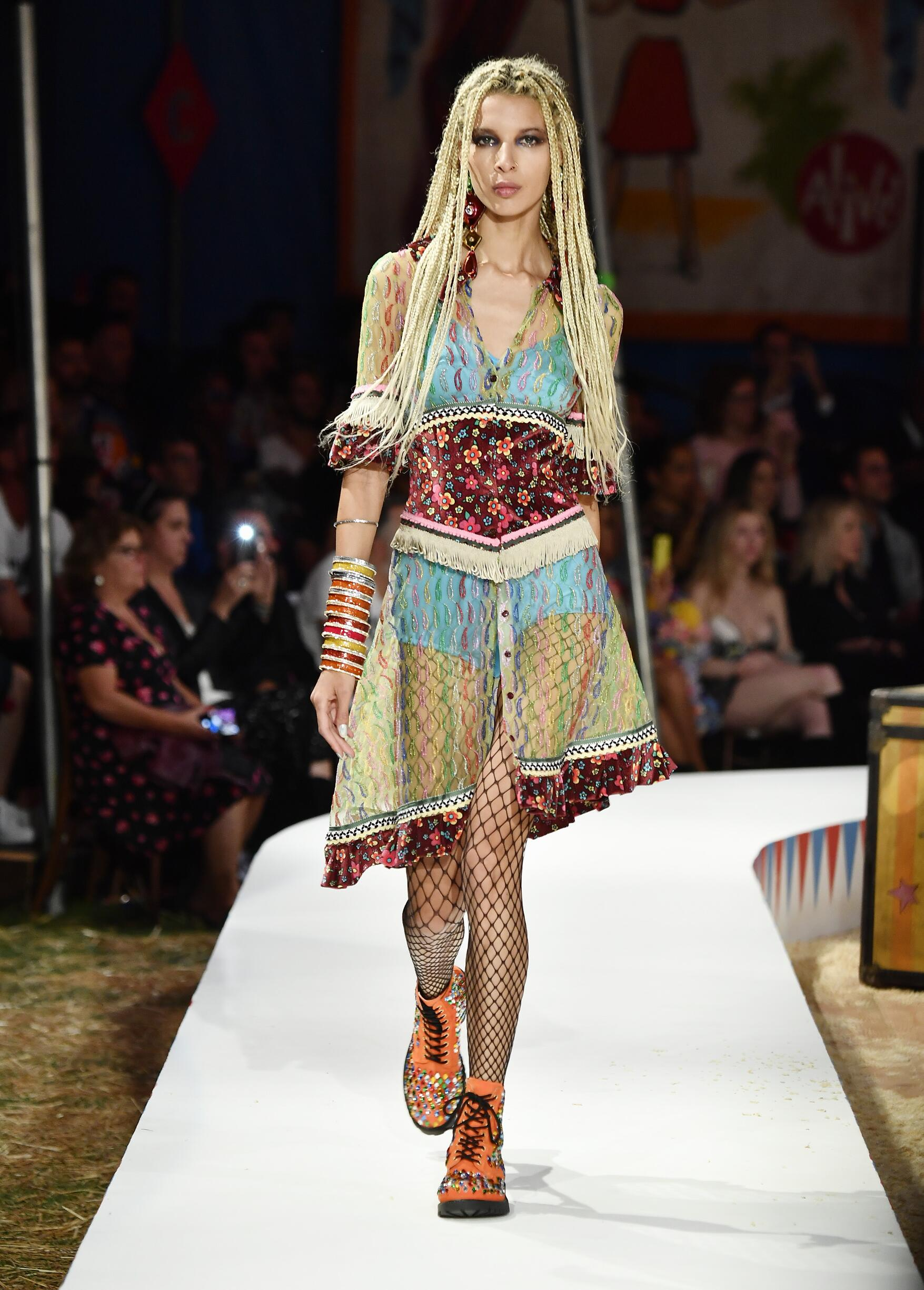 Moschino Spring Summer 2019 Menswear and Women's Resort Collection Look 20 Los Angeles
