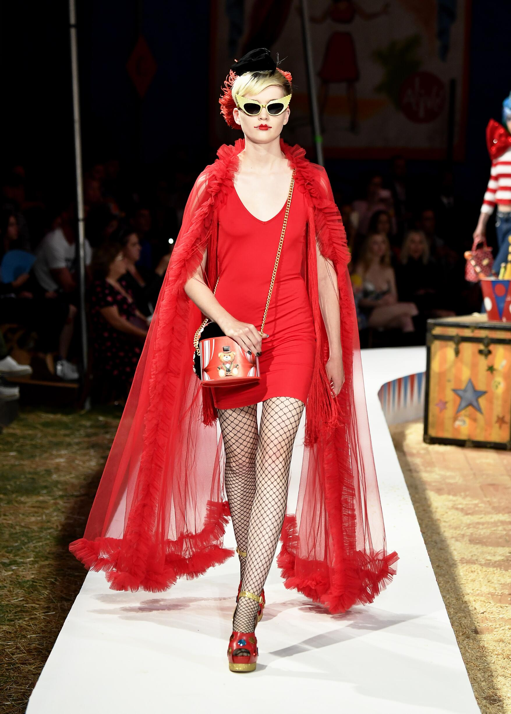 Moschino Spring Summer 2019 Menswear and Women's Resort Collection Look 52 Los Angeles