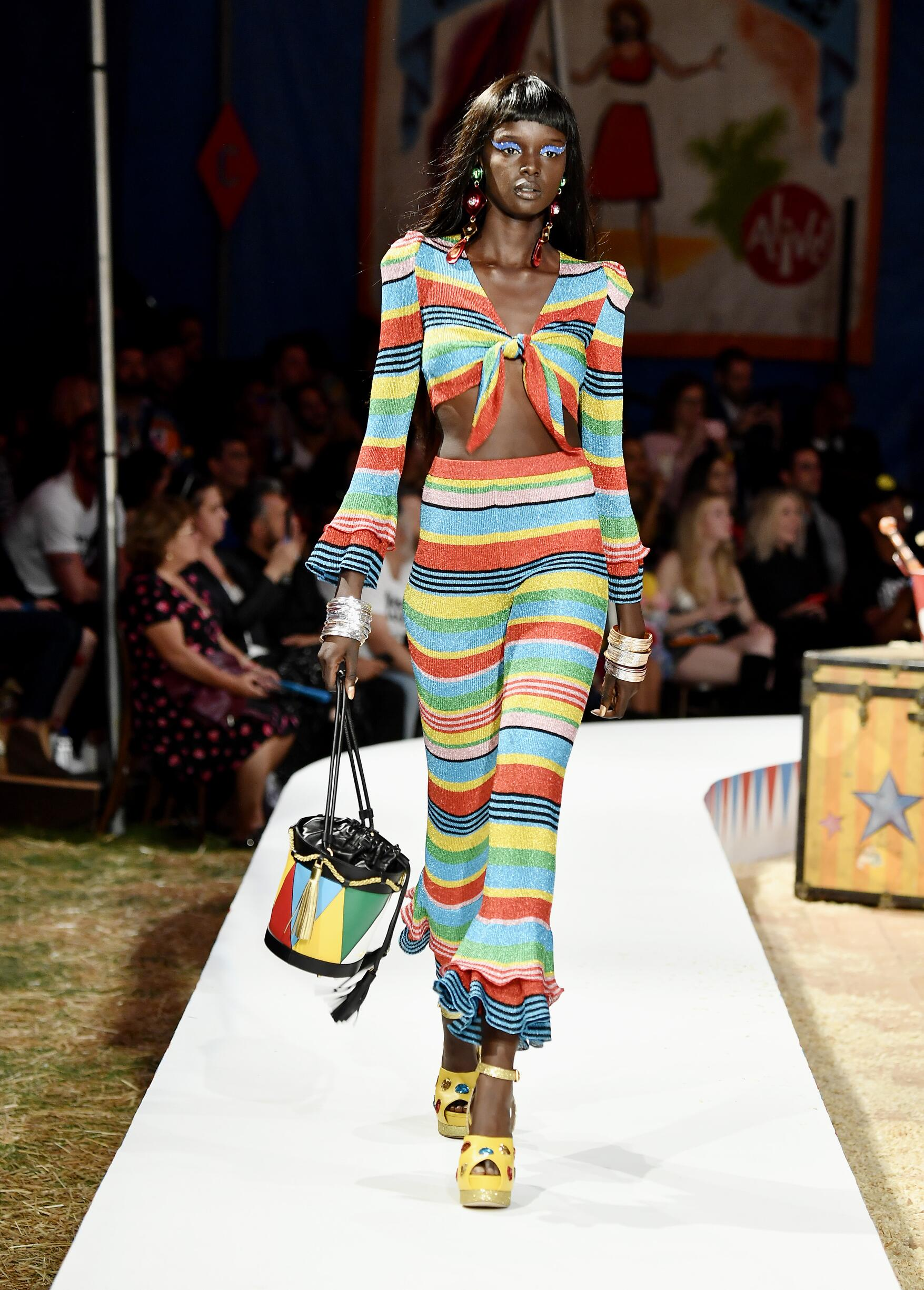Moschino Spring Summer 2019 Menswear and Women's Resort Collection Look 6 Los Angeles