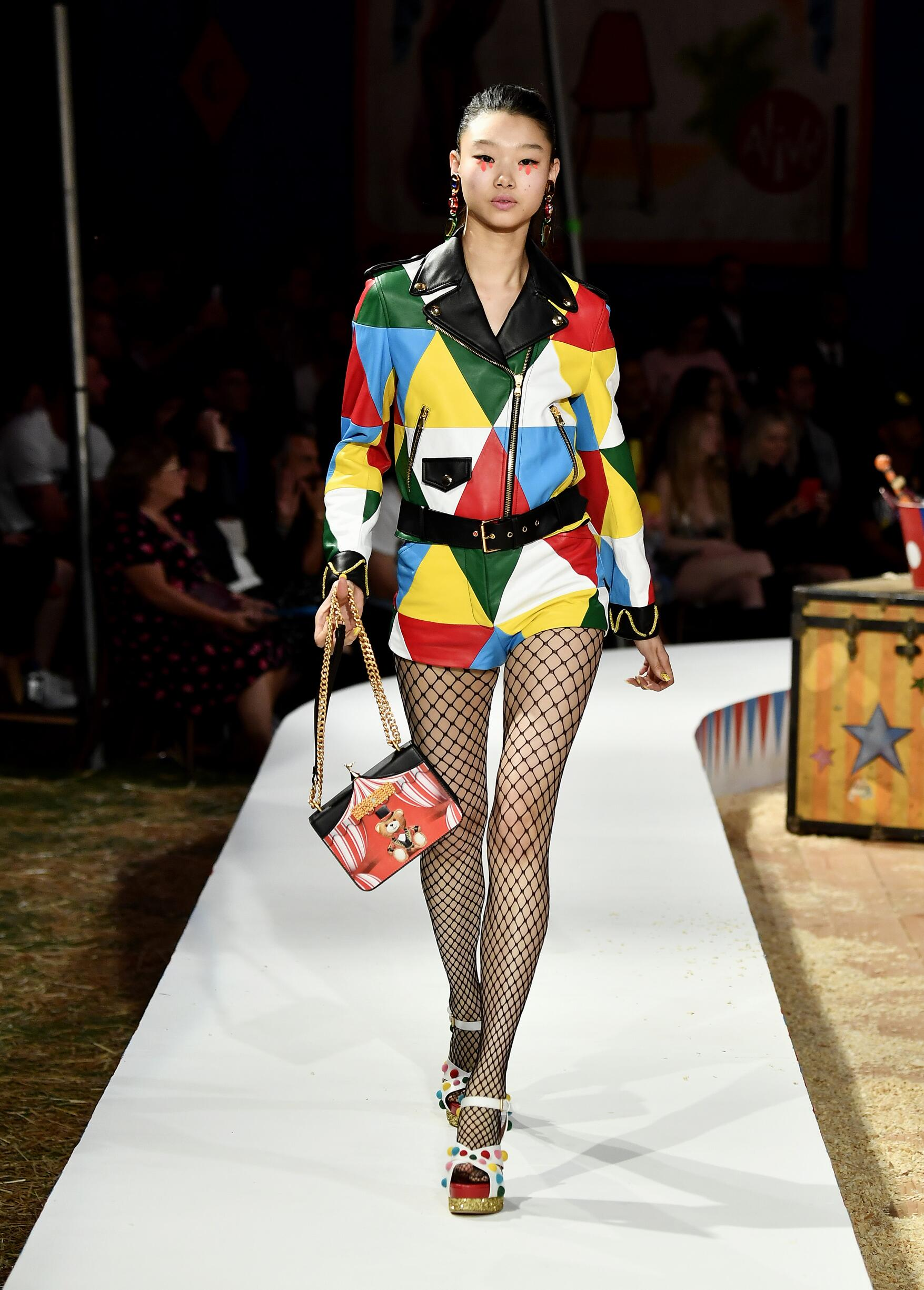 Moschino Spring Summer 2019 Menswear and Women's Resort Collection Look 72 Los Angeles