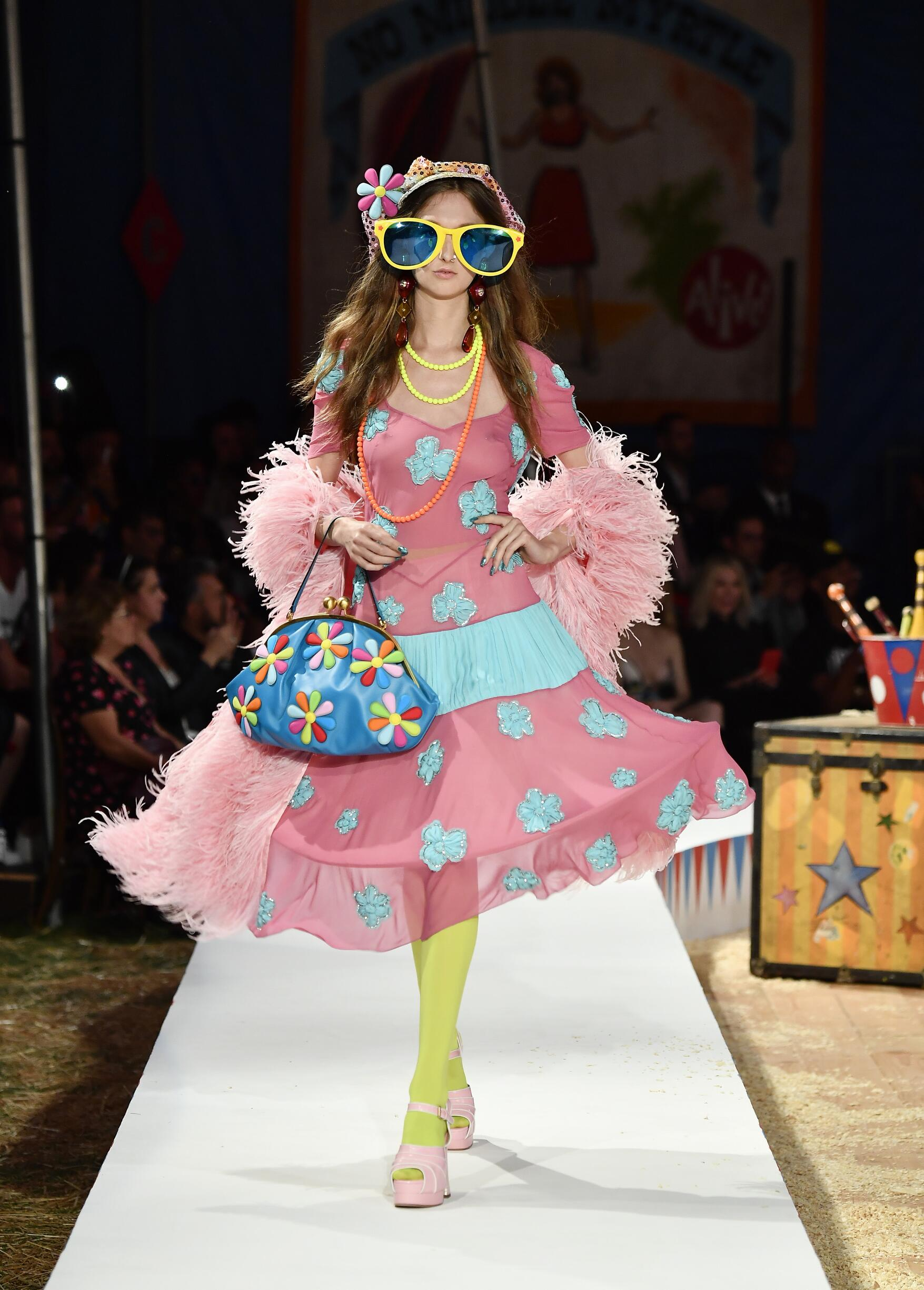 Moschino Spring Summer 2019 Menswear and Women's Resort Collection Look 8 Los Angeles