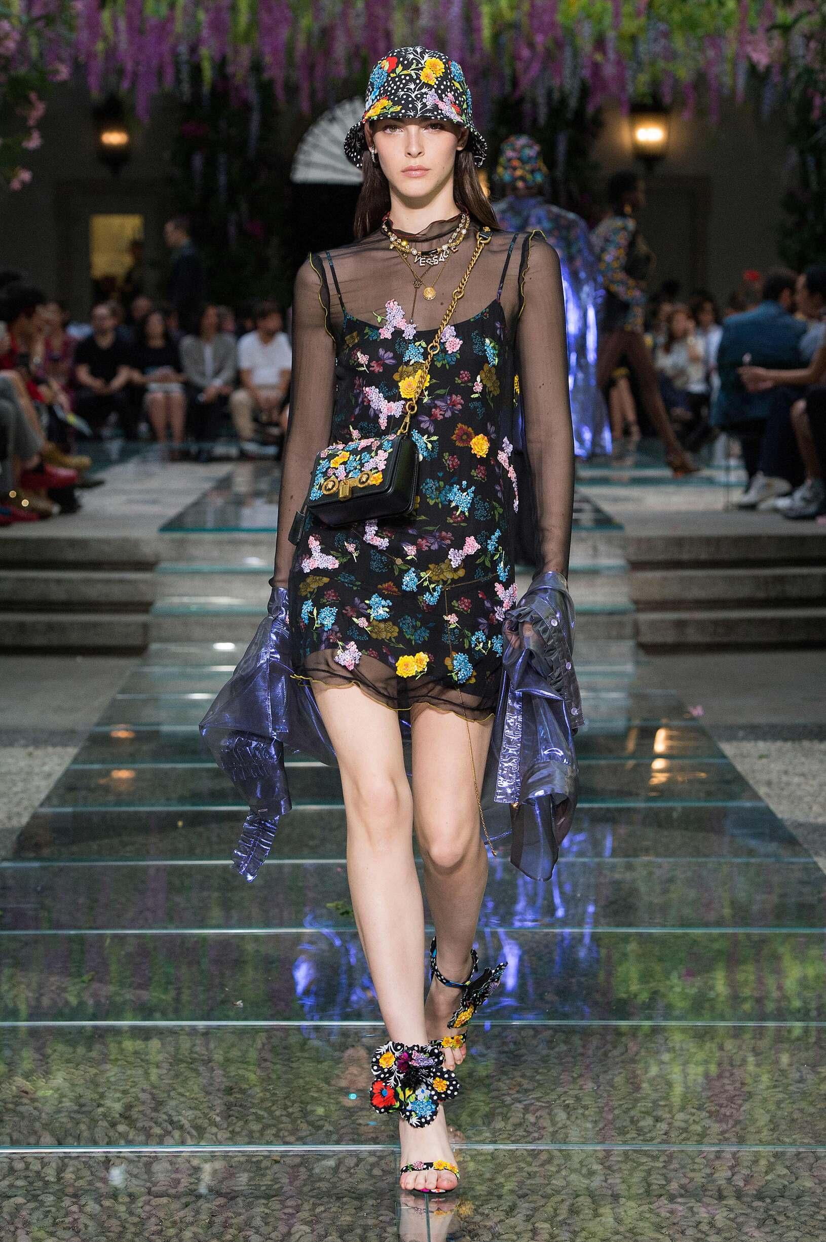 Spring Summer Fashion Trends 2019 Versace