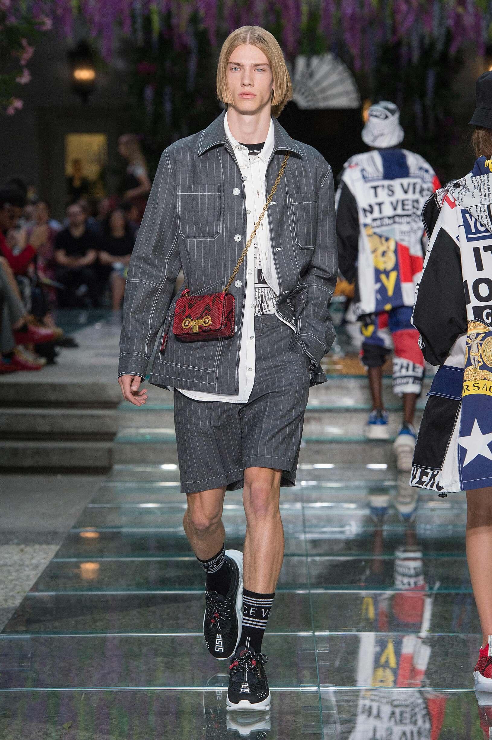 b3b22089d Versace Spring Summer 2019 Mens Collection Milan Fashion Week