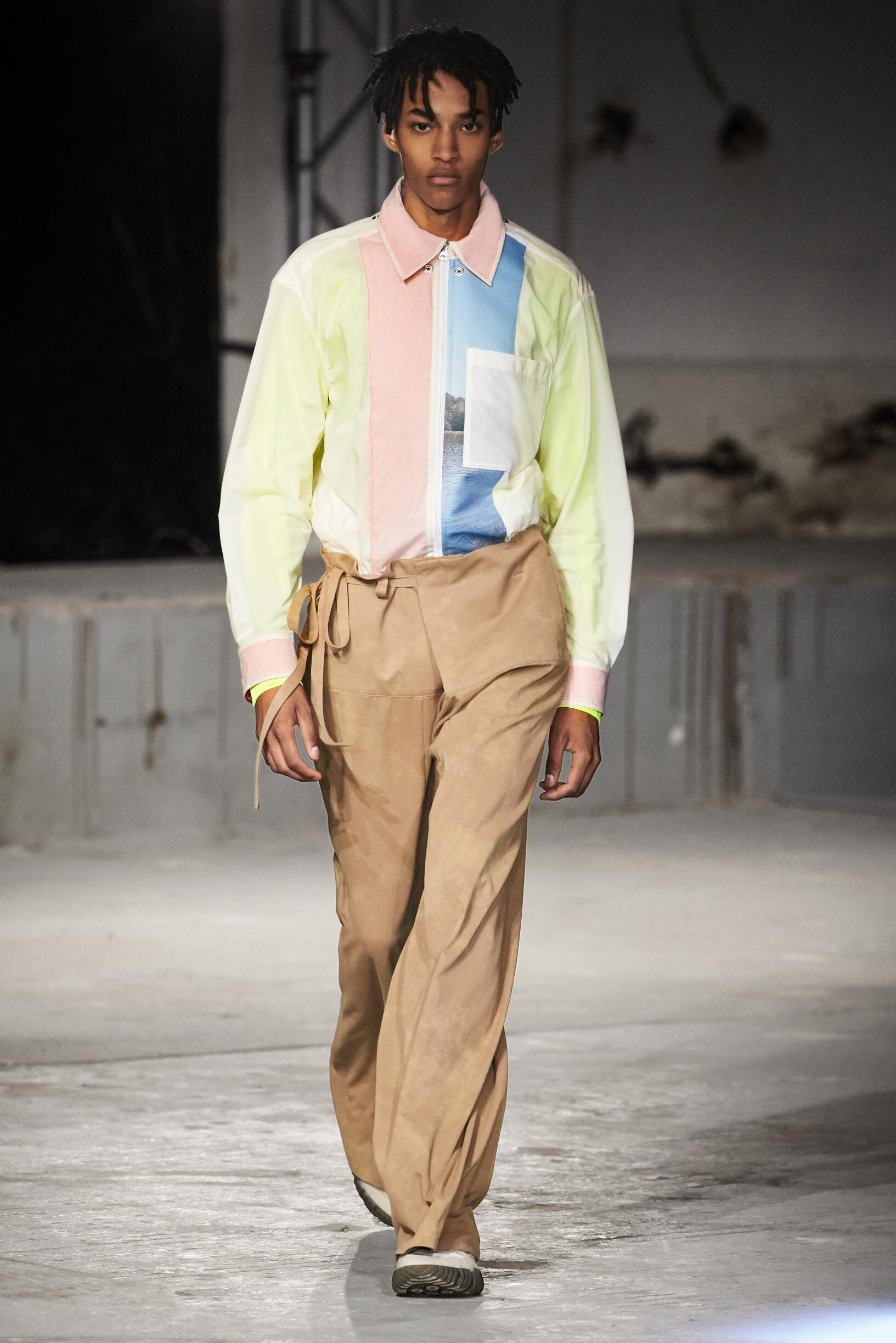 2019 Catwalk Acne Studios Man Fashion Show Summer