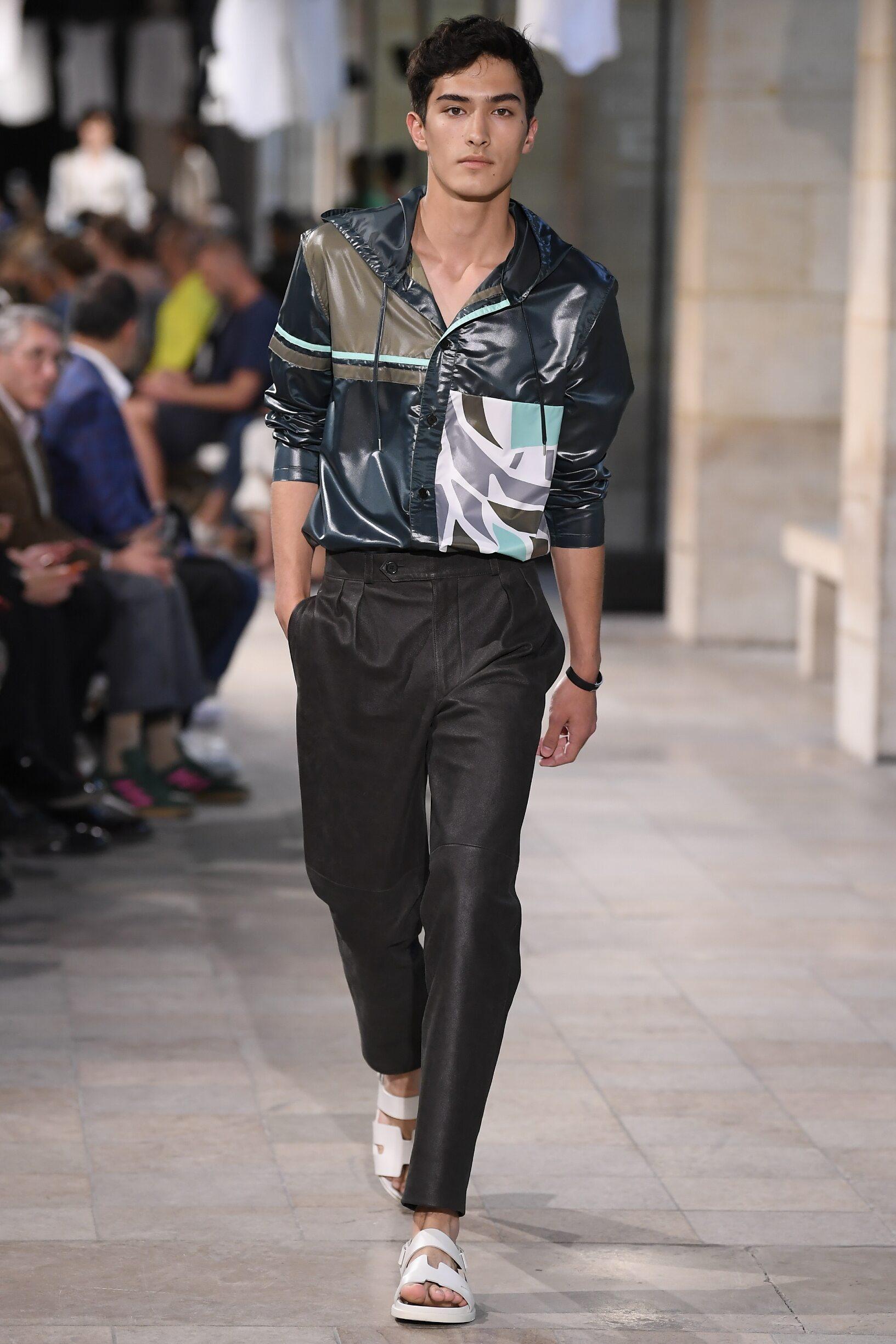 2019 Catwalk Hermès Man Fashion Show Summer