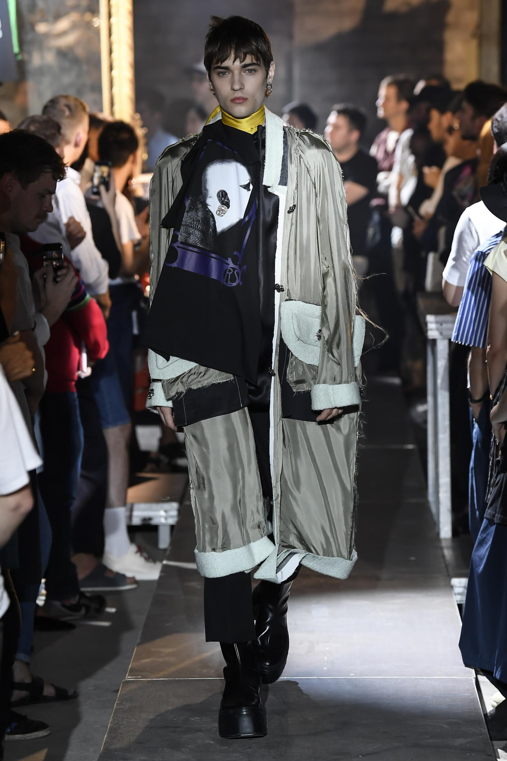 2019 Raf Simons Summer Catwalk