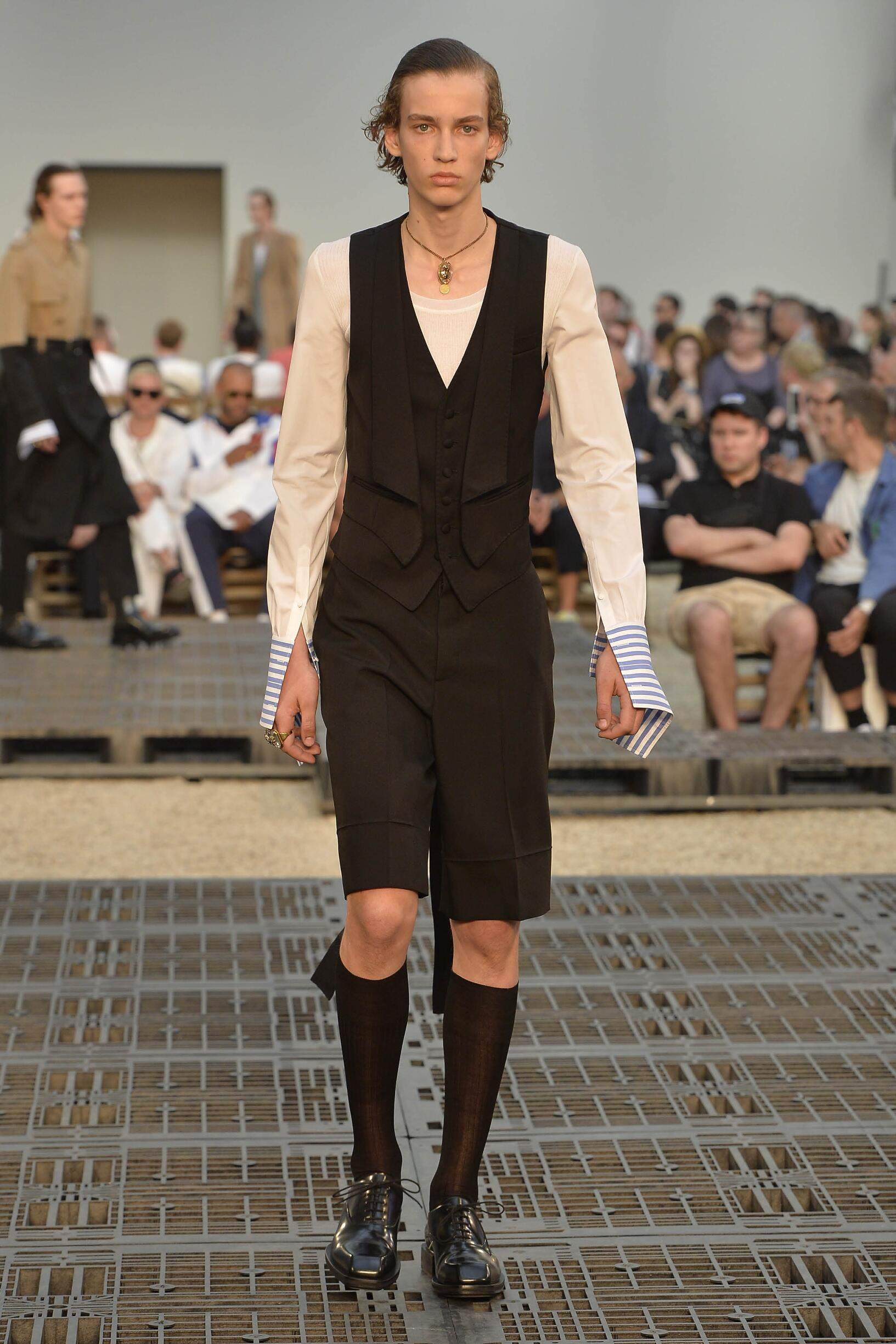 Alexander McQueen Spring Summer 2019 Mens Collection Paris Fashion Week