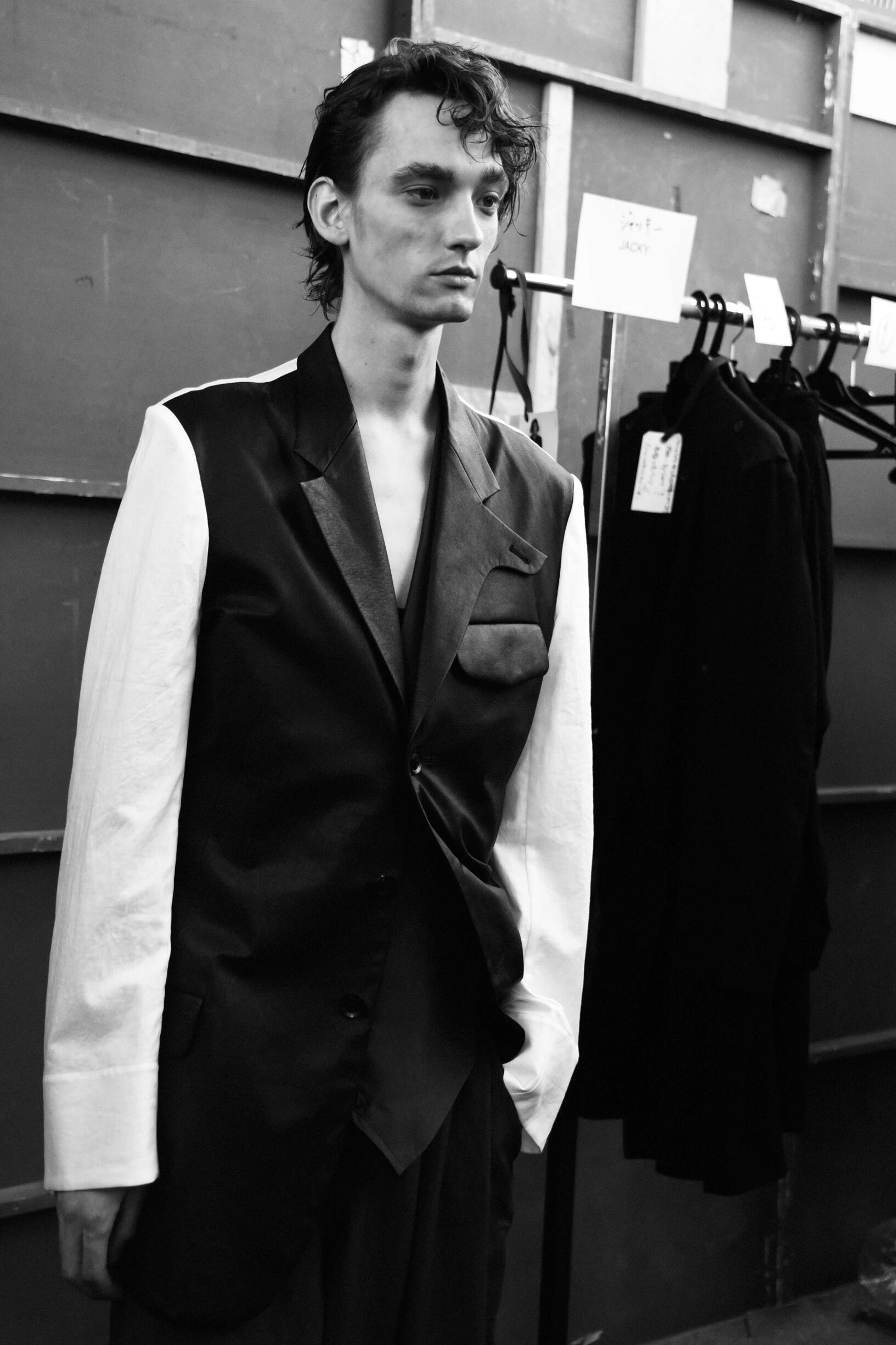 Backstage Yohji Yamamoto Model Summer 2019