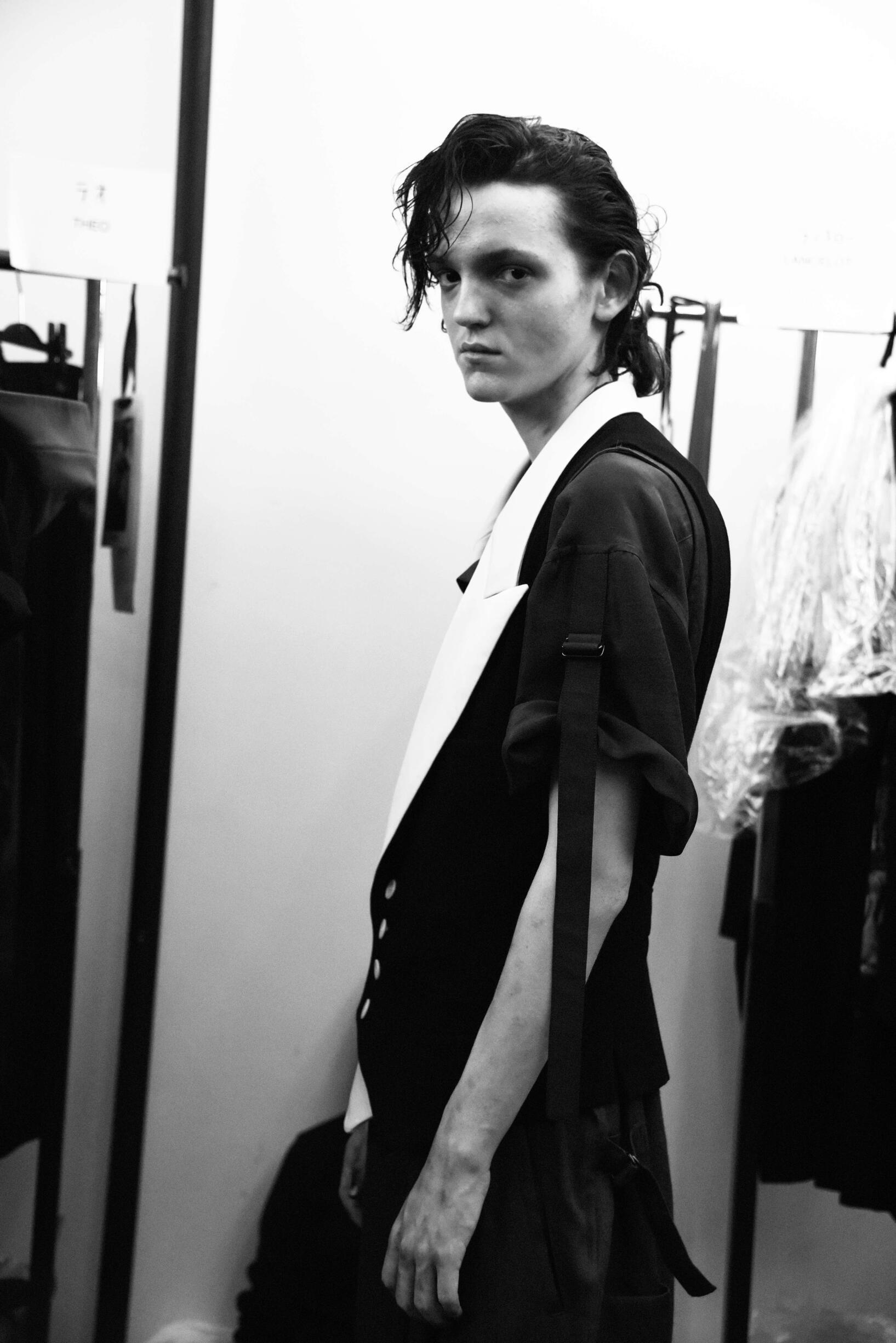 Backstage Yohji Yamamoto Paris Fashion Week Model