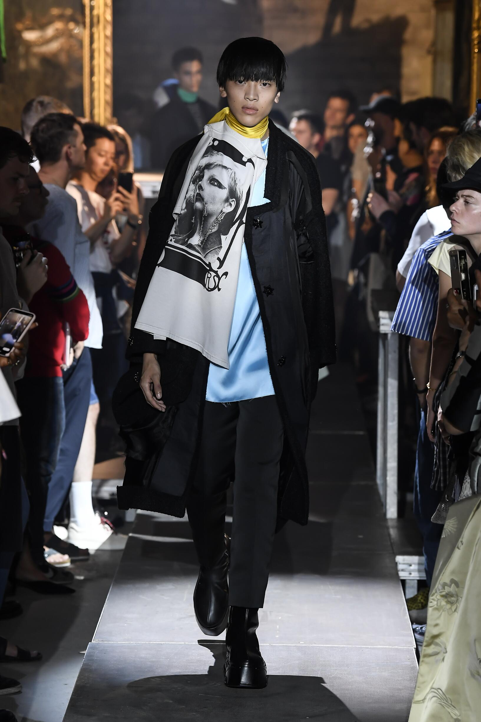 Catwalk Raf Simons Summer 2019
