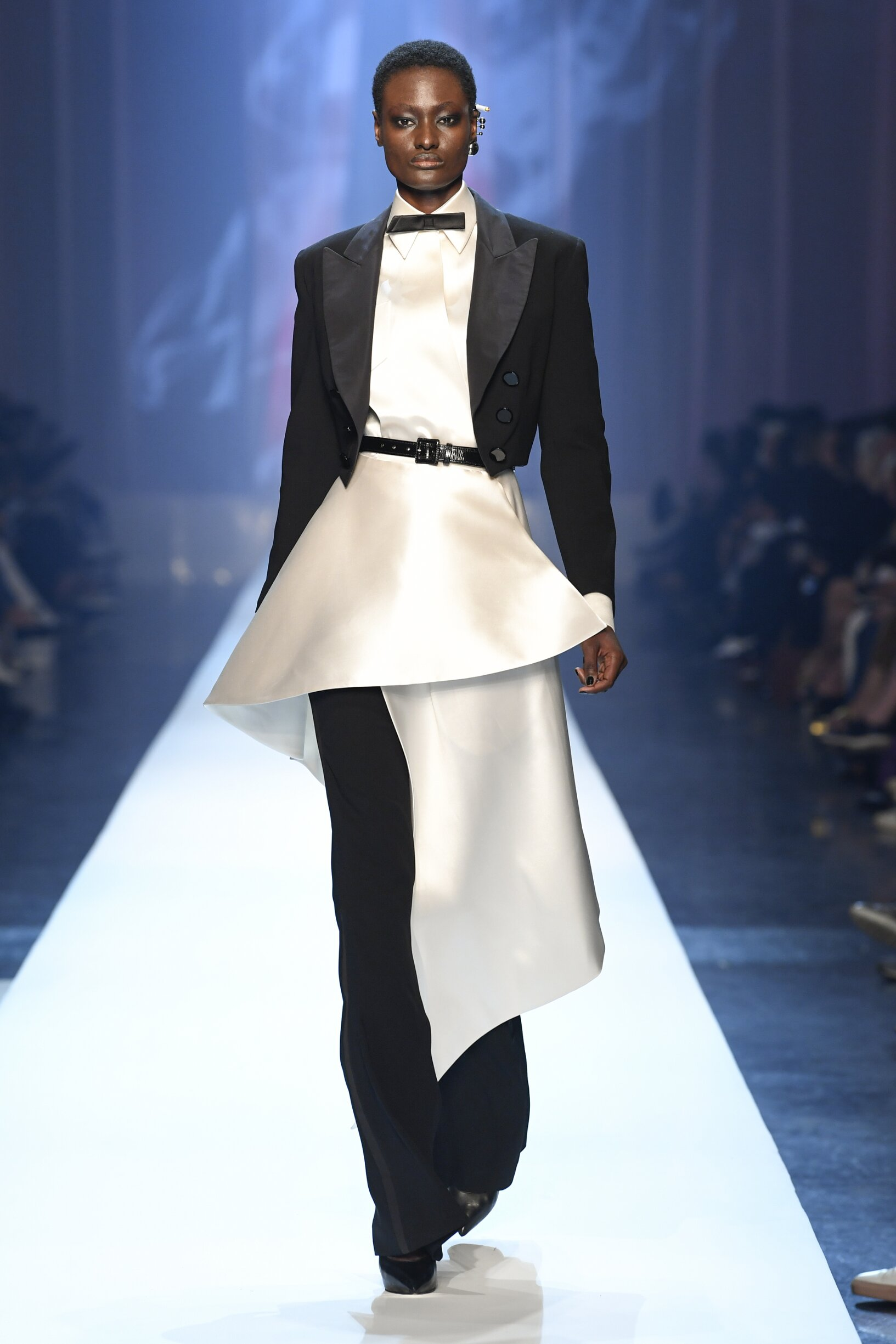 Fashion 2018 Runway Woman Jean-Paul Gaultier Haute Couture Winter