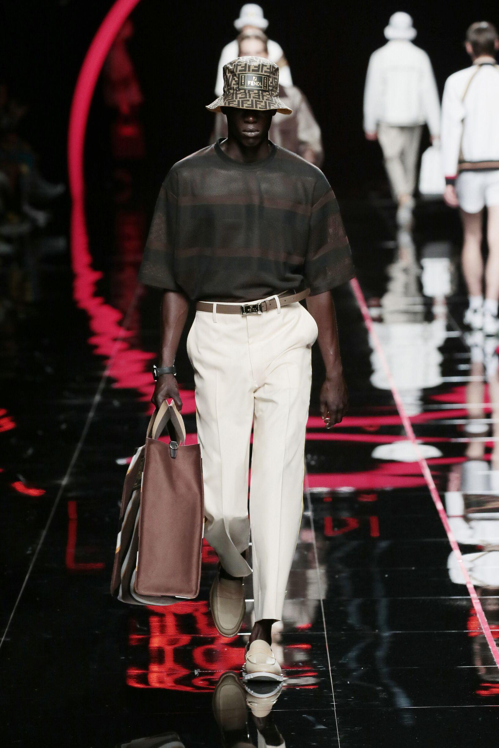 Fashion 2019 Catwalk Fendi