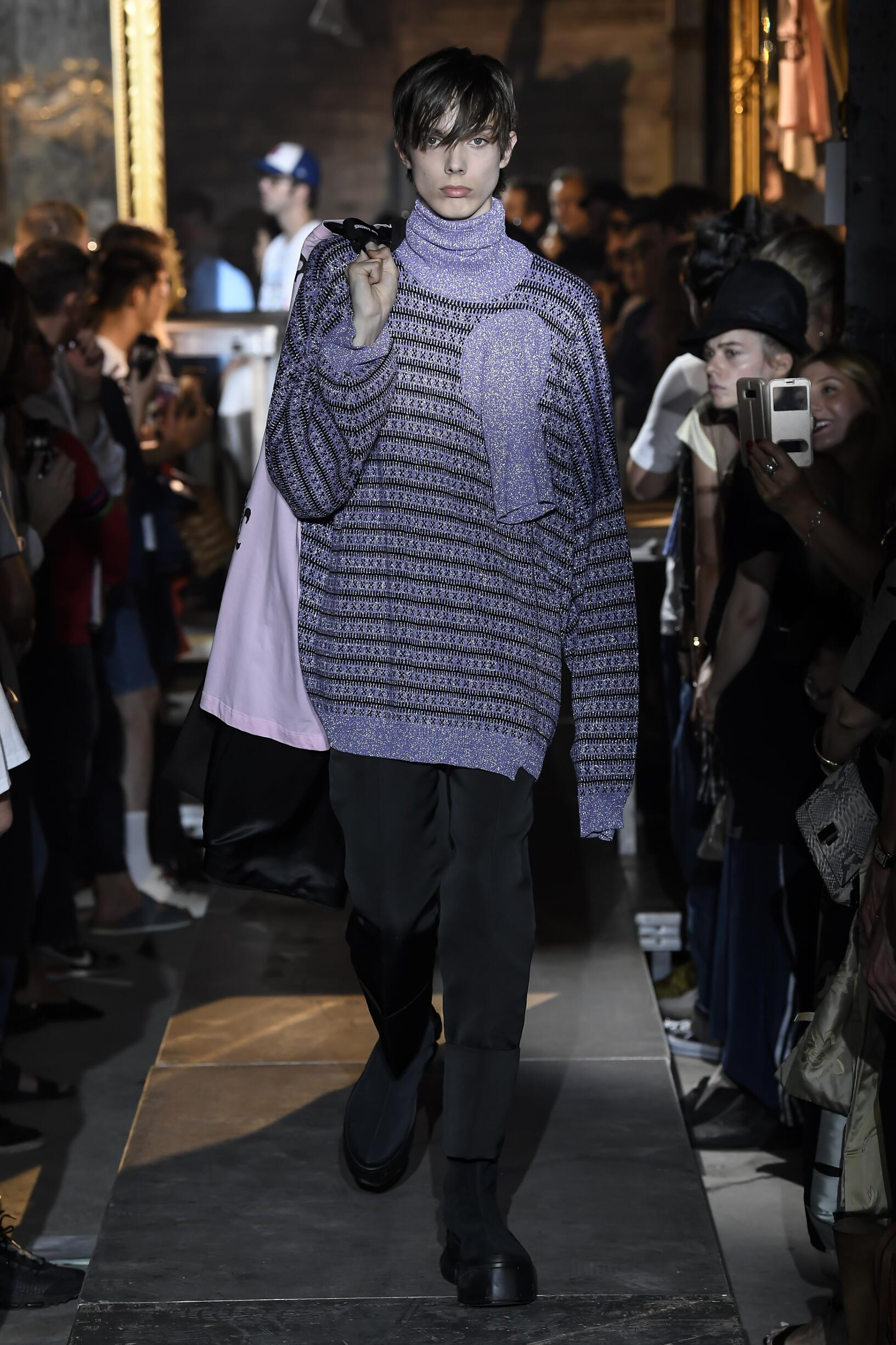 Fashion 2019 Catwalk Raf Simons Summer Man Collection