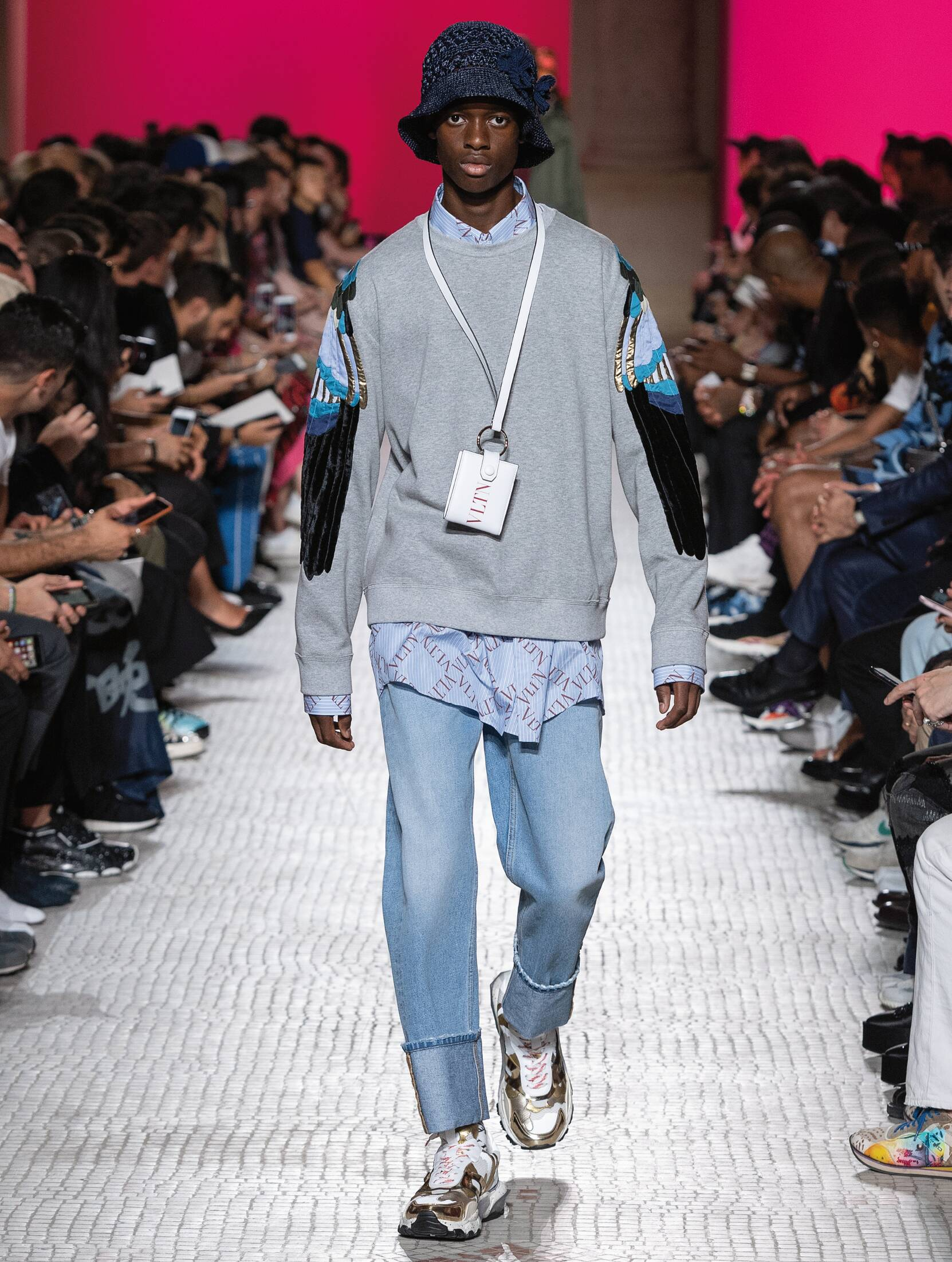 Fashion 2019 Catwalk Valentino Summer Man Collection