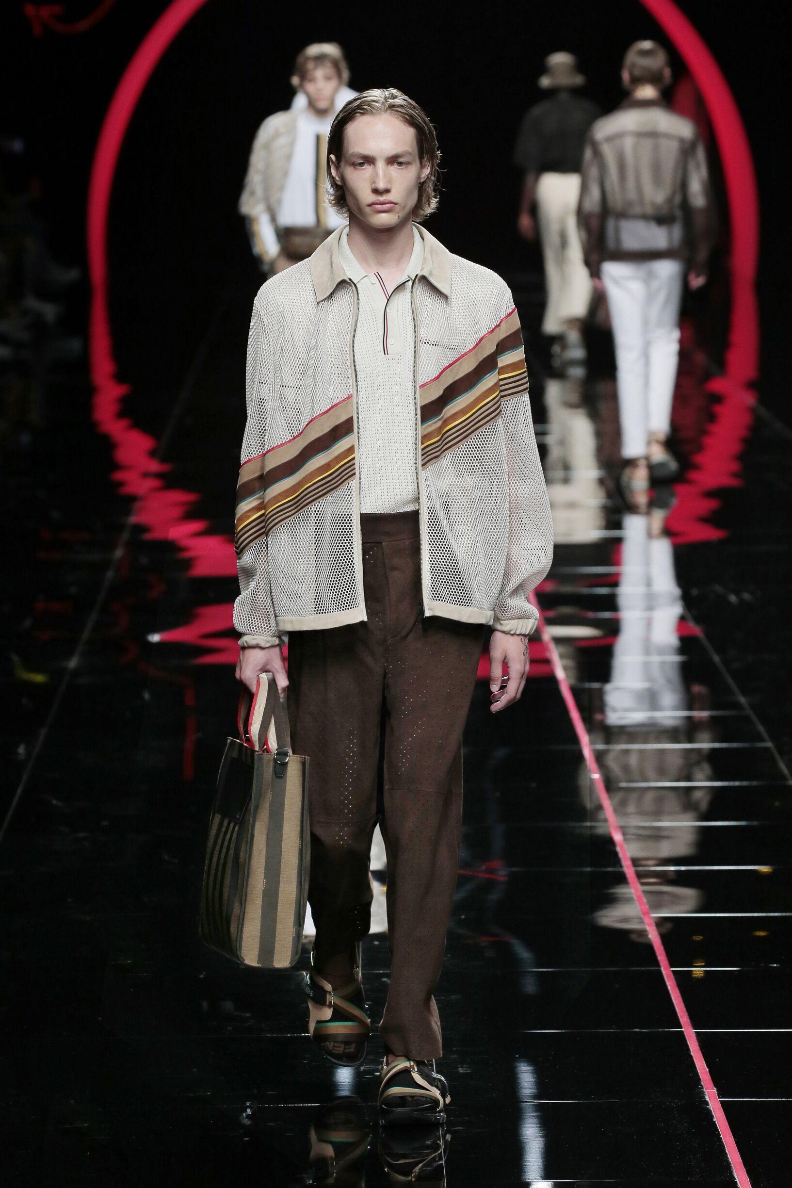 Fashion 2019 Runway Man Fendi Summer