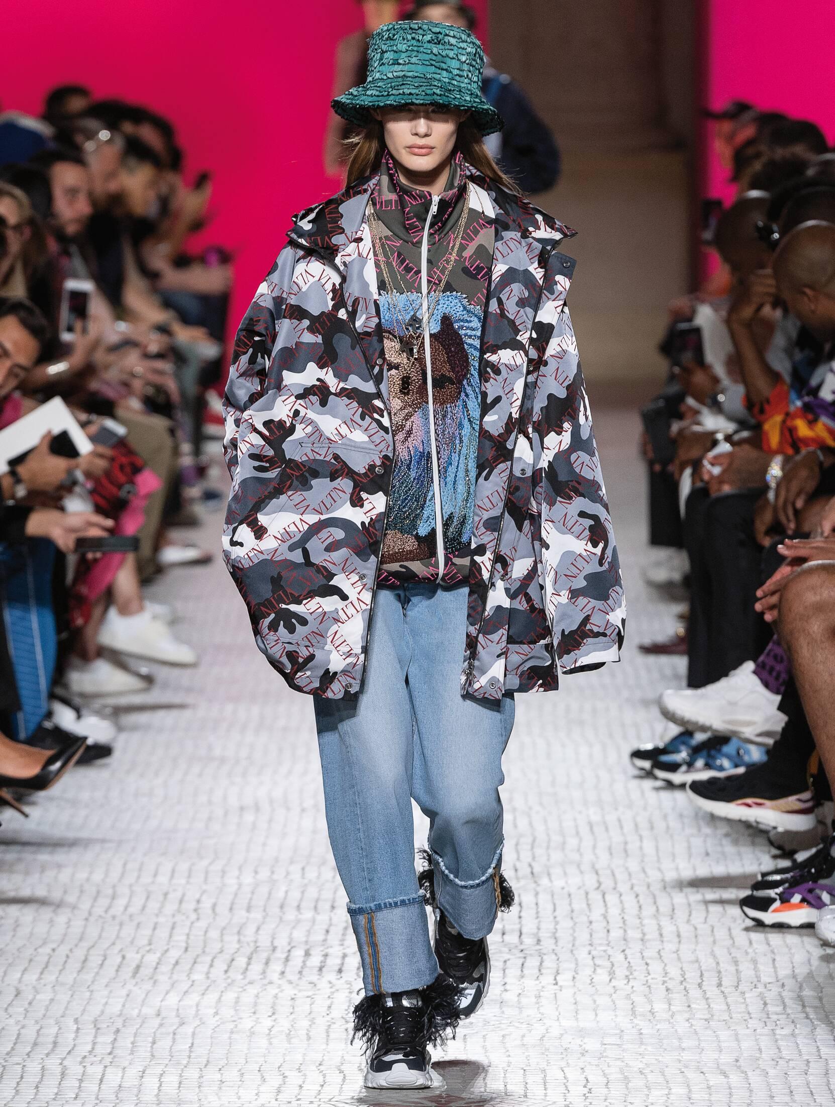 Fashion 2019 Womens Style Valentino