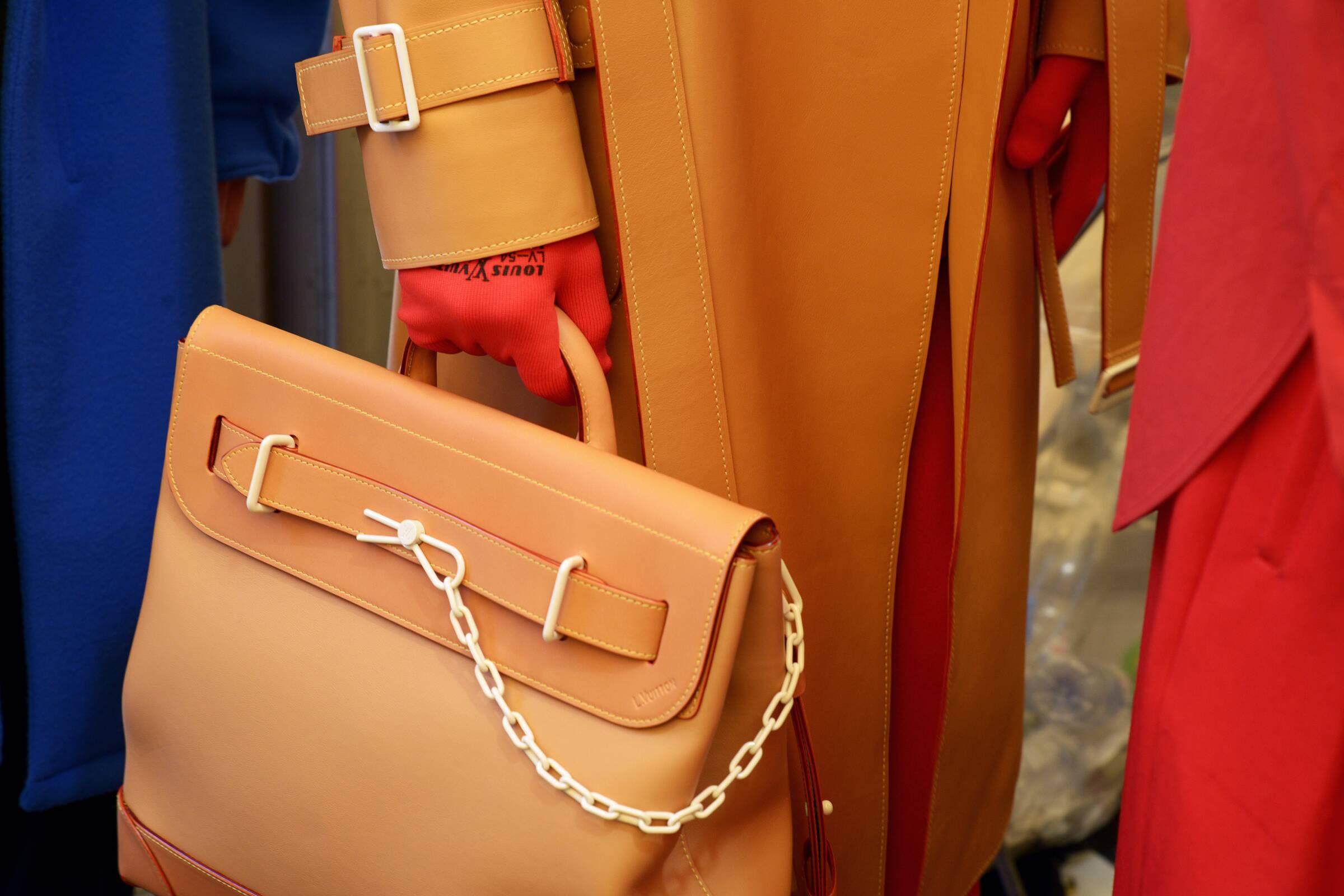 Fashion Detail Backstage Louis Vuitton