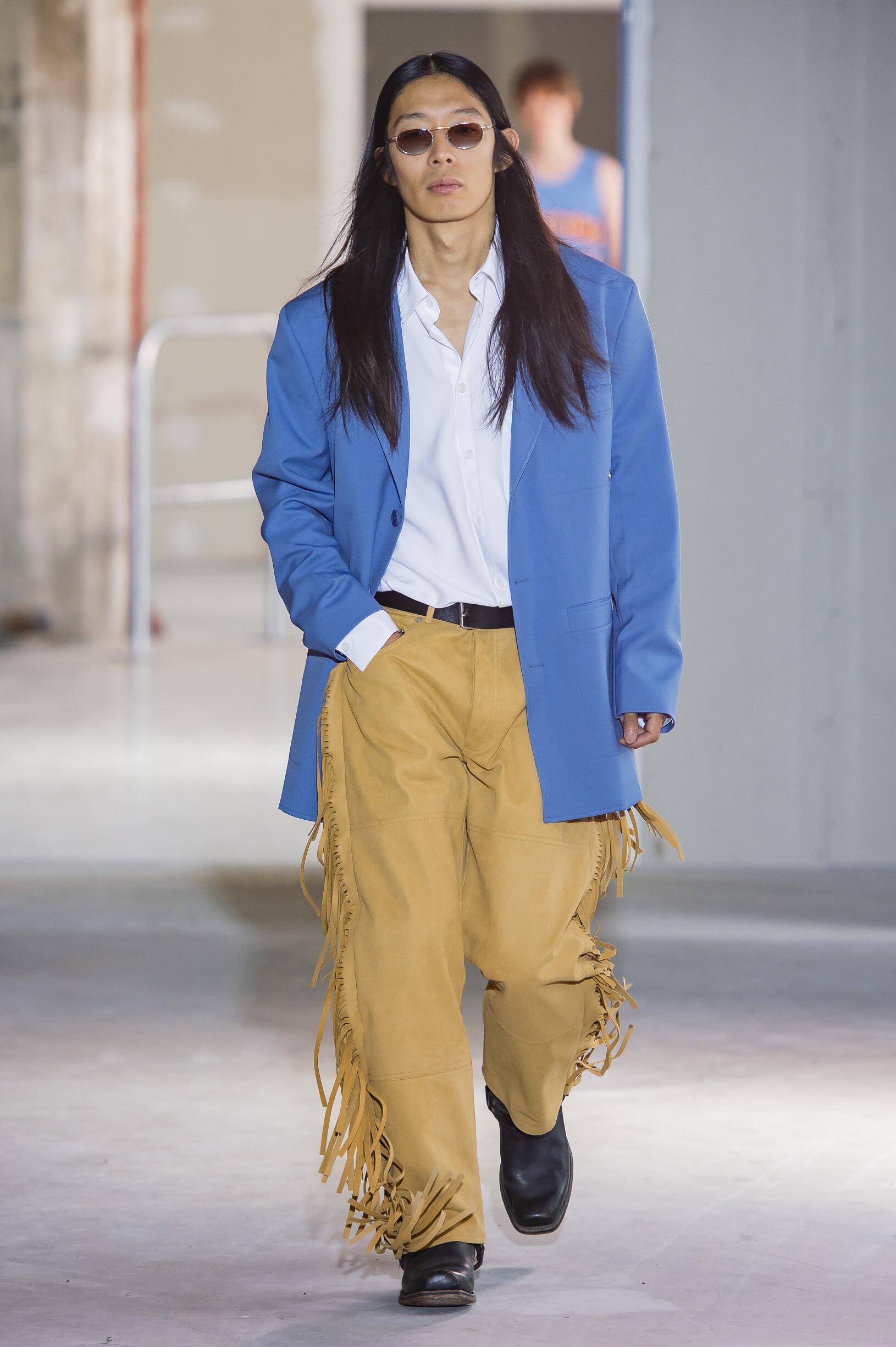 Fashion Man Model Études Catwalk