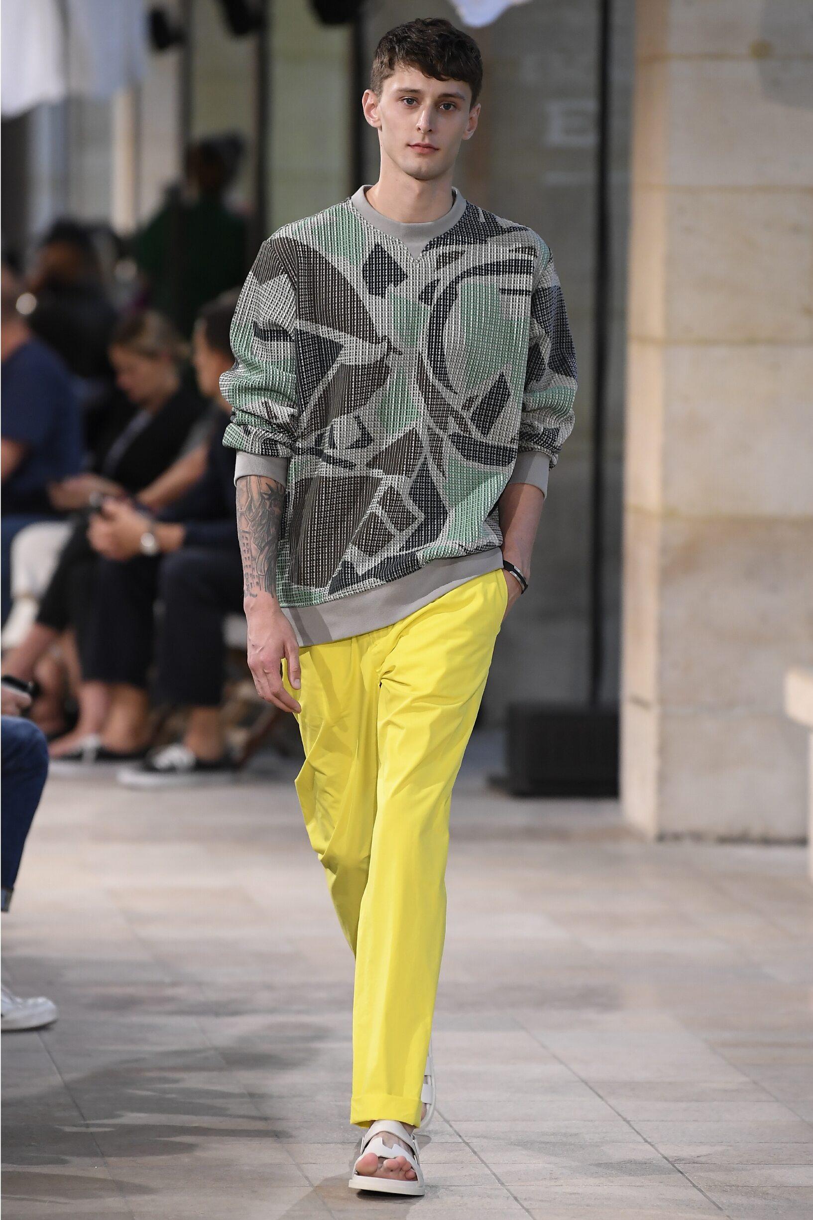 Fashion Man Model Hermès Catwalk