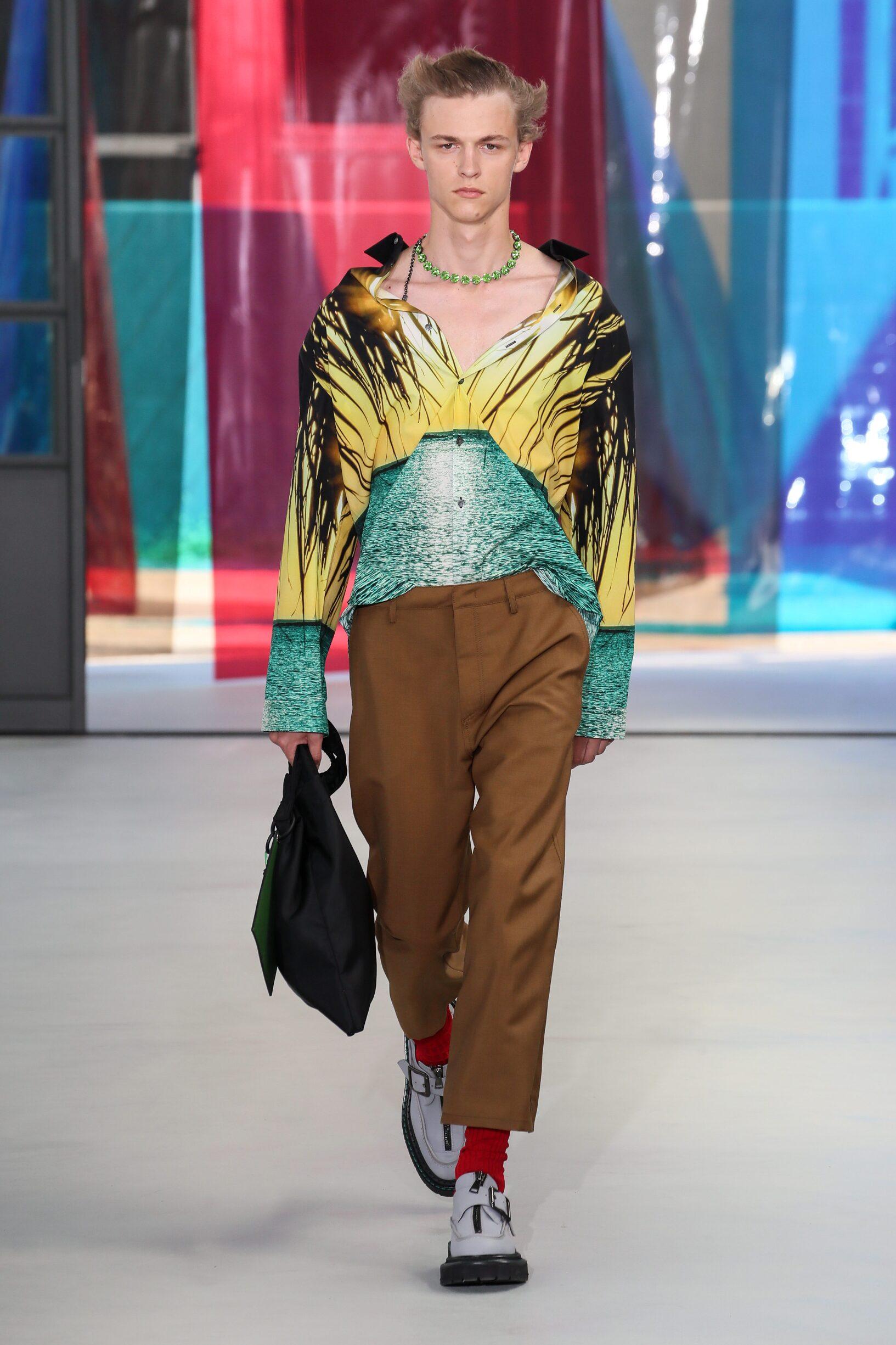 Fashion Man Model N°21 Catwalk