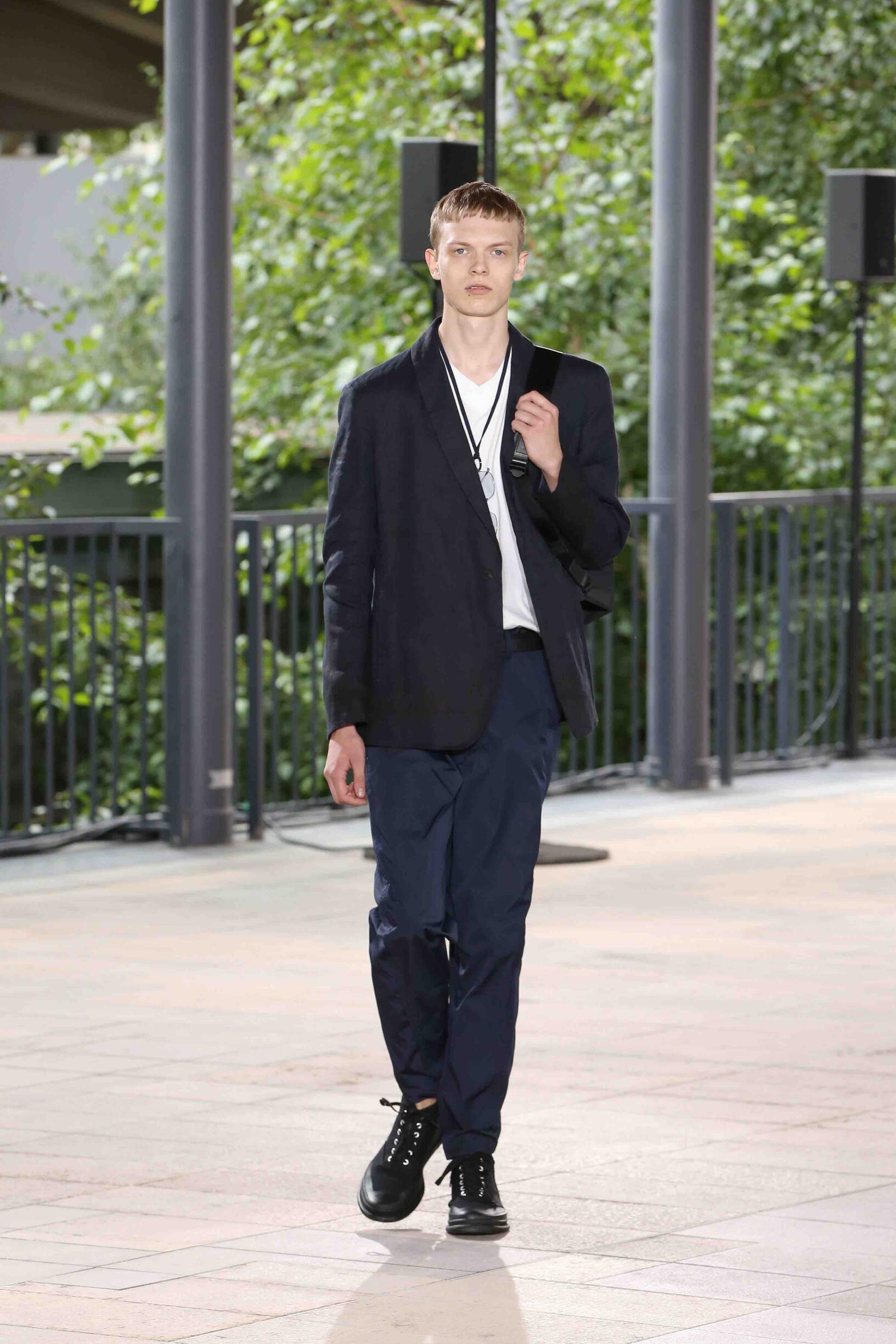 Issey Miyake Spring Summer 2019 Mens Collection Paris Fashion Week