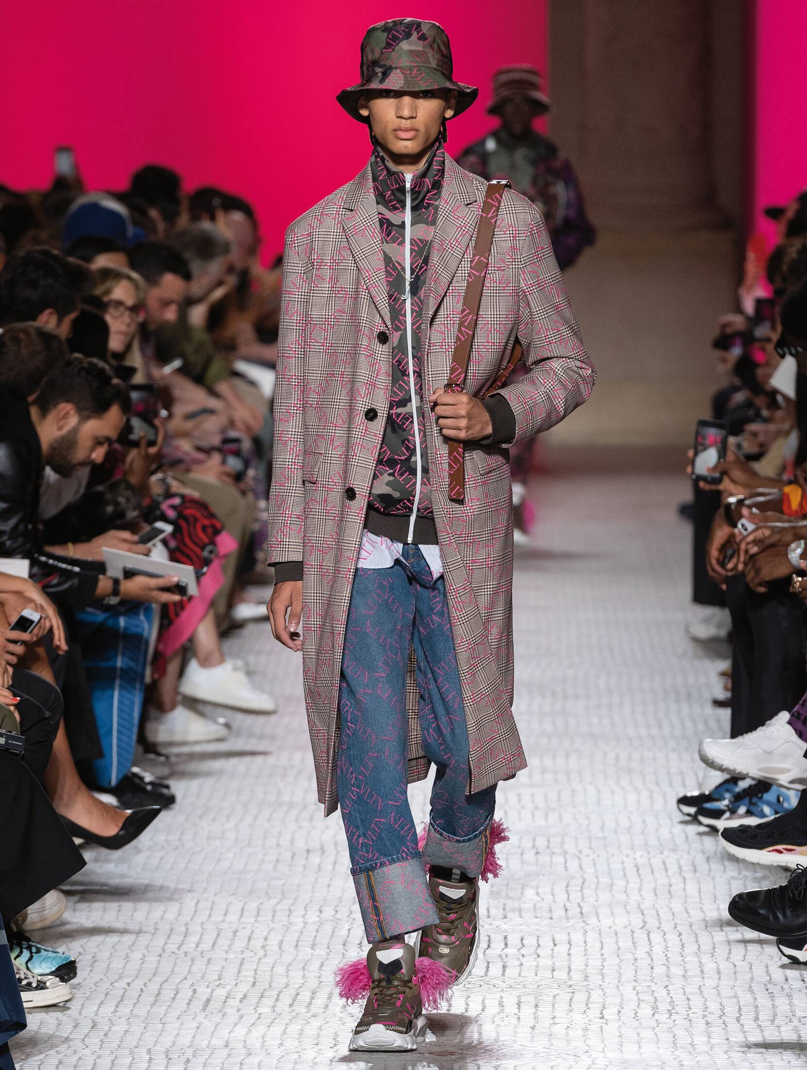 Menswear SS Valentino 2019