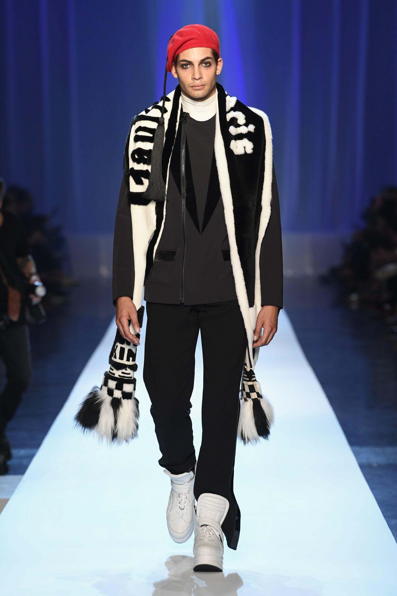 Model Fashion Show Jean-Paul Gaultier Haute Couture