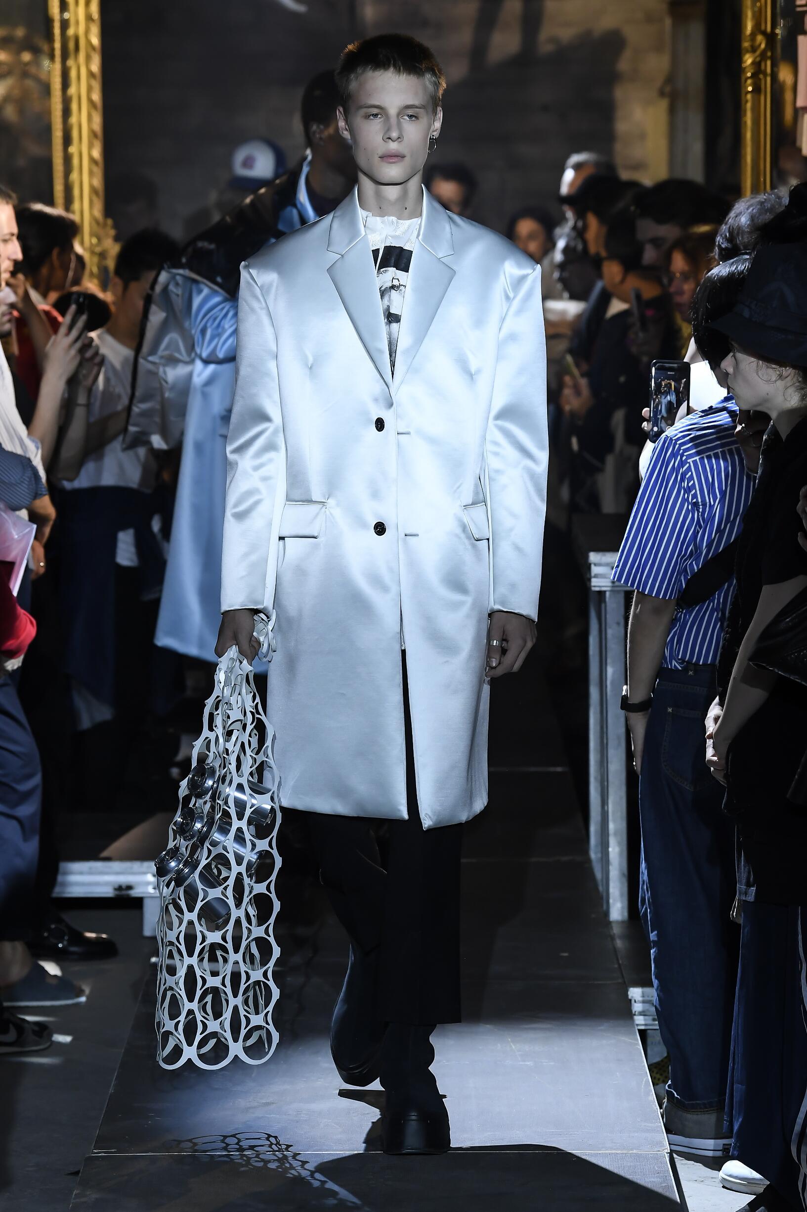 Raf Simons Fashion Show SS 2019