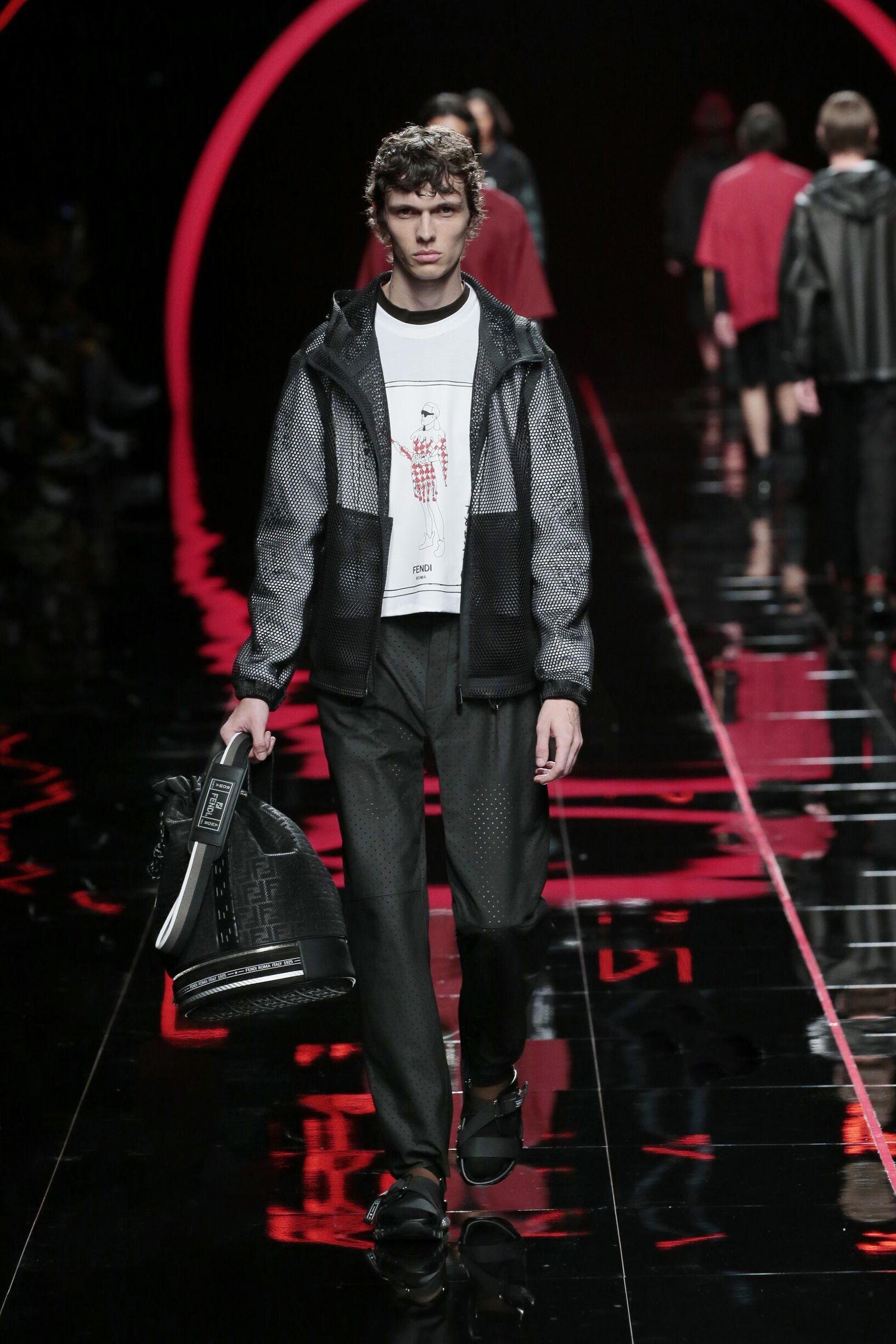 Runway Fendi Spring Summer 2019 Men's Collection Milan Fashion Week