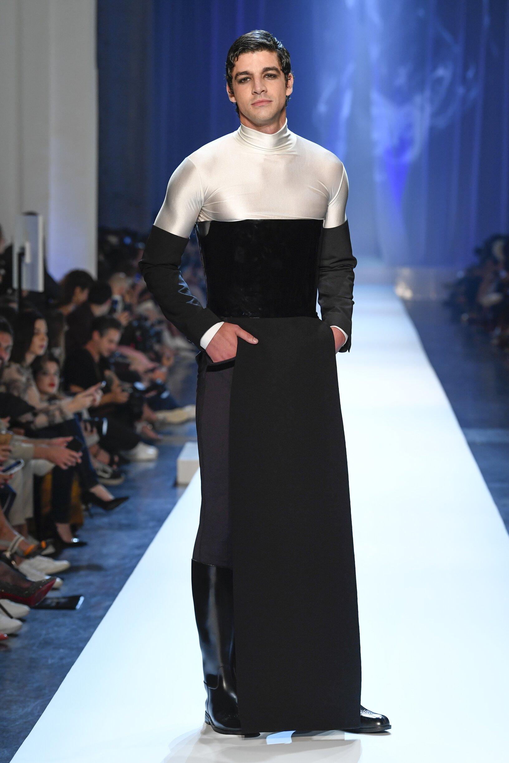 Runway Jean-Paul Gaultier Haute Couture Fall Winter 2018 Men's Collection Paris Fashion Week