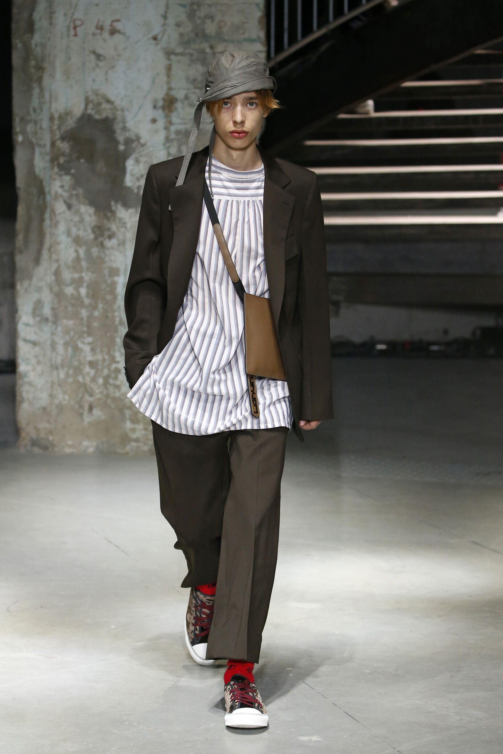 Runway Lanvin Spring Summer 2019 Men's Collection Paris Fashion Week