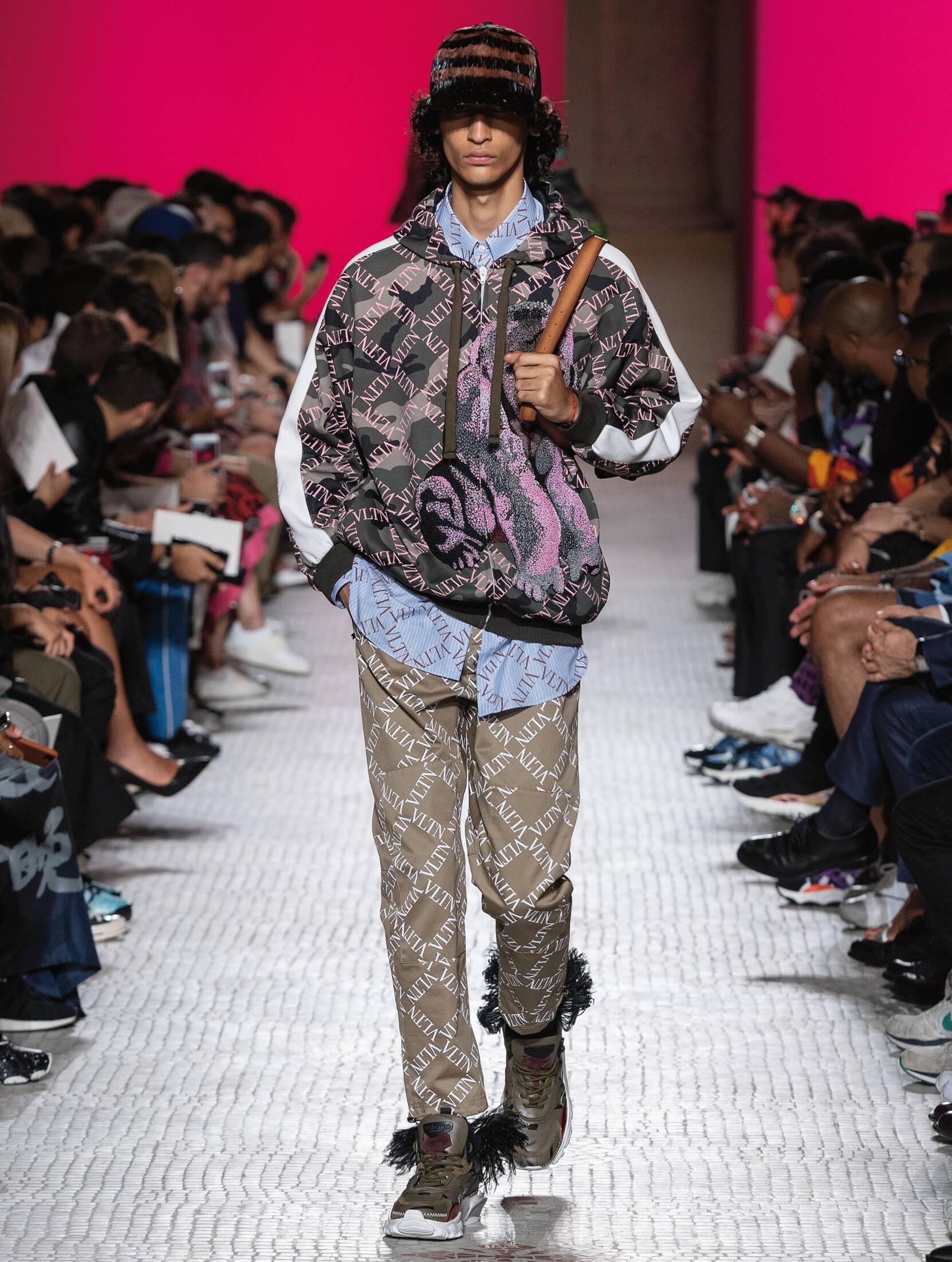 SS 2019 Valentino Fashion Show Paris Fashion Week