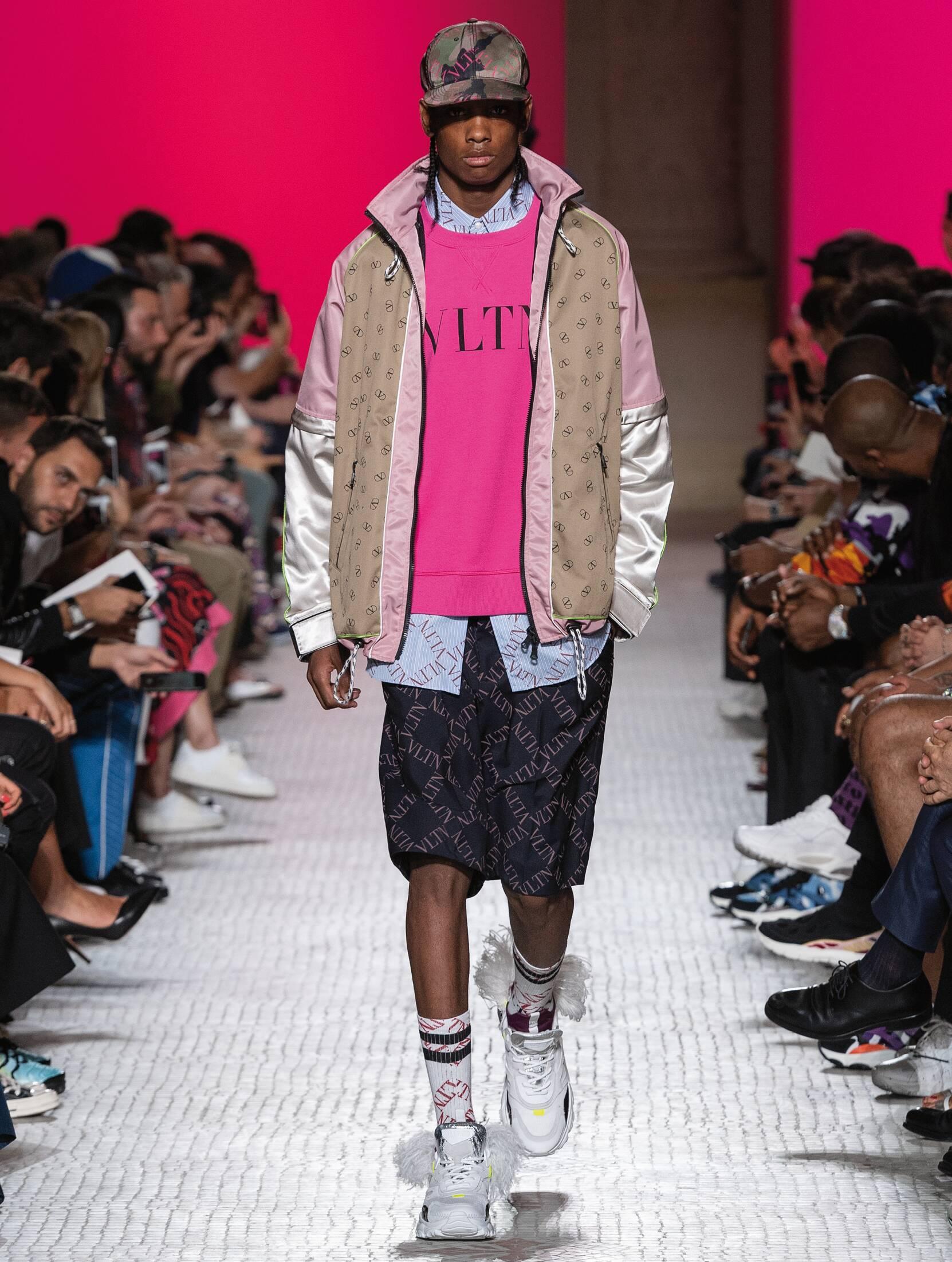 SS 2019 Valentino Fashion Show Paris