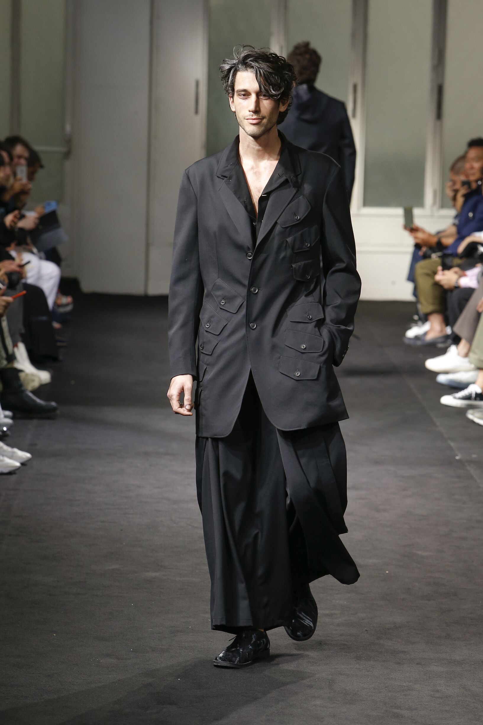 SS 2019 Yohji Yamamoto Fashion Show