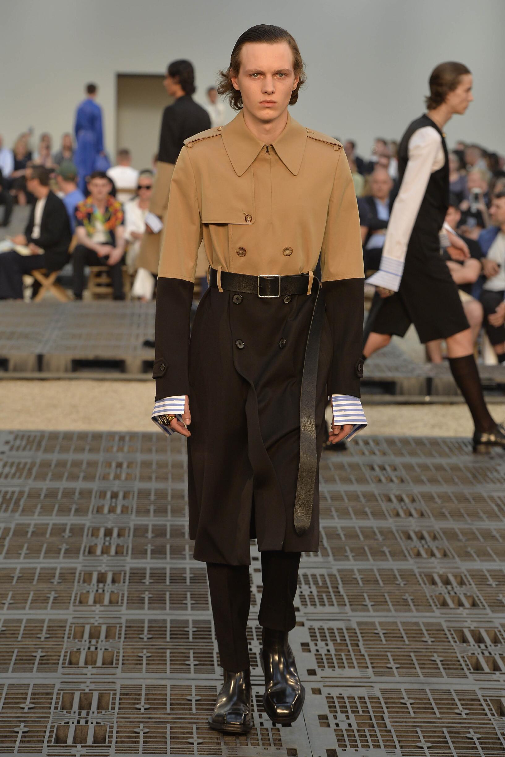 Spring 2019 Fashion Trends Alexander McQueen